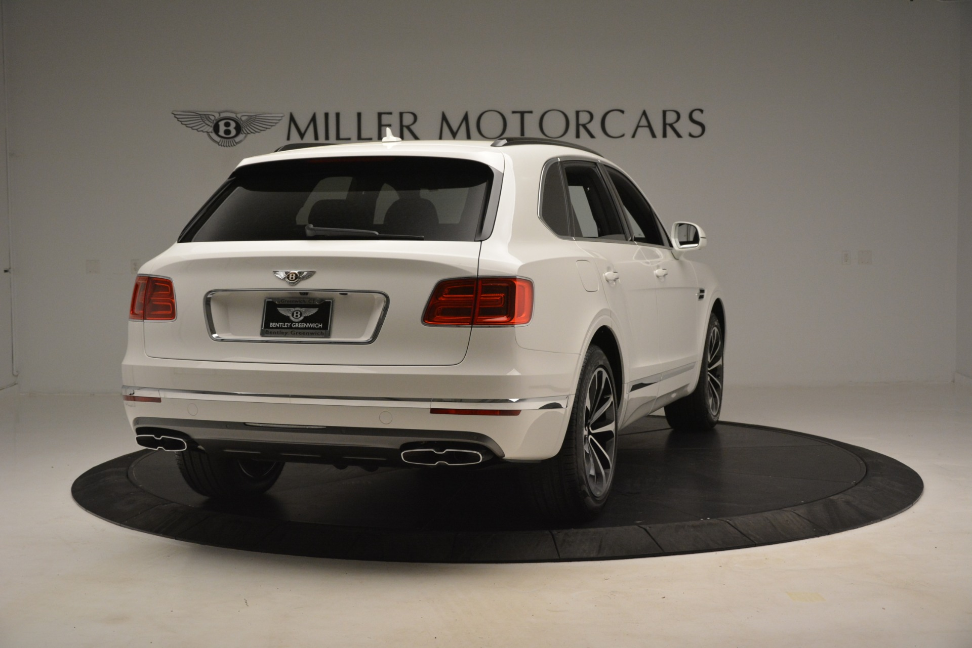 New 2019 Bentley Bentayga V8 For Sale In Westport, CT 2937_p7