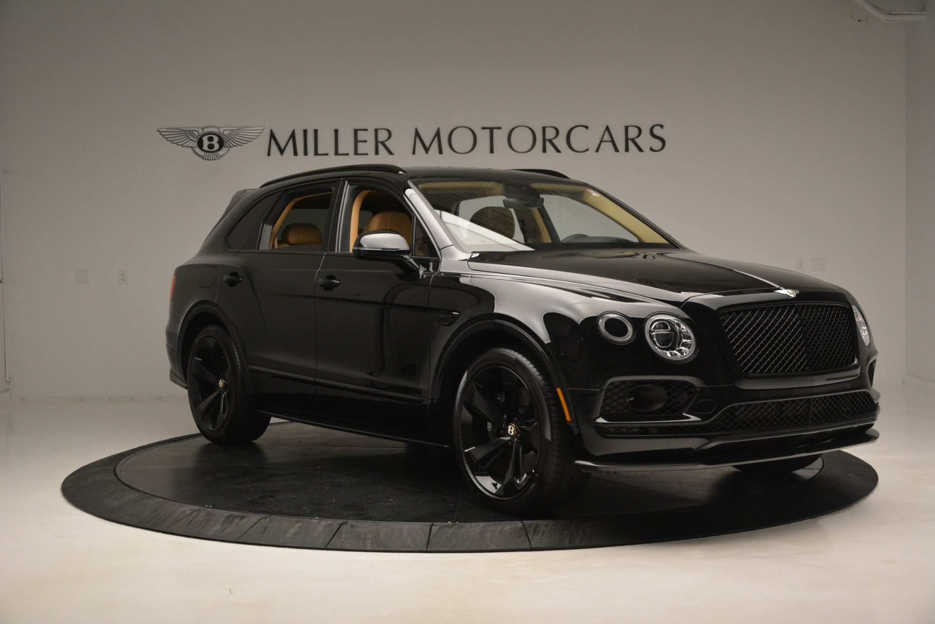 New 2019 Bentley Bentayga V8 For Sale In Westport, CT 2939_p10