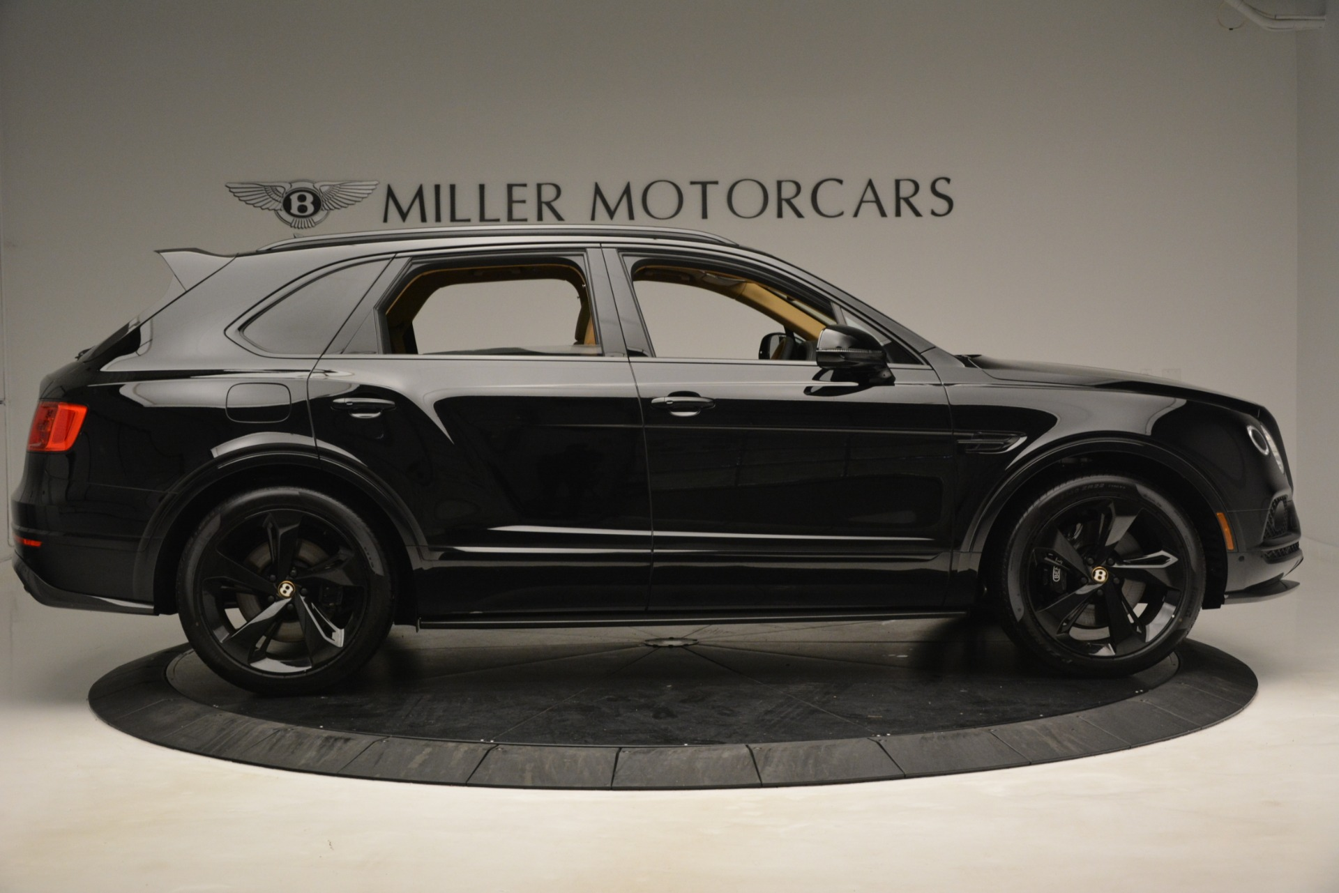 New 2019 Bentley Bentayga V8 For Sale In Westport, CT 2939_p8