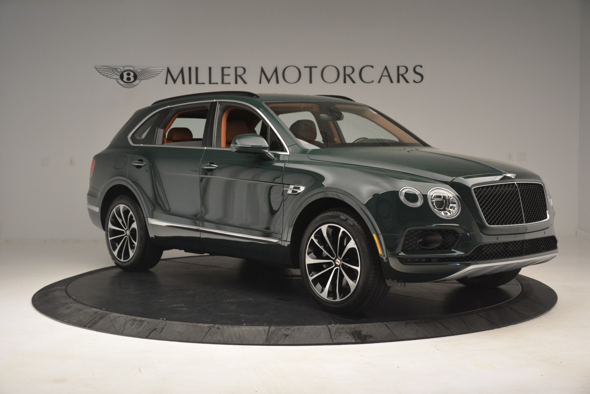 New 2019 Bentley Bentayga V8 For Sale In Westport, CT 2940_p10
