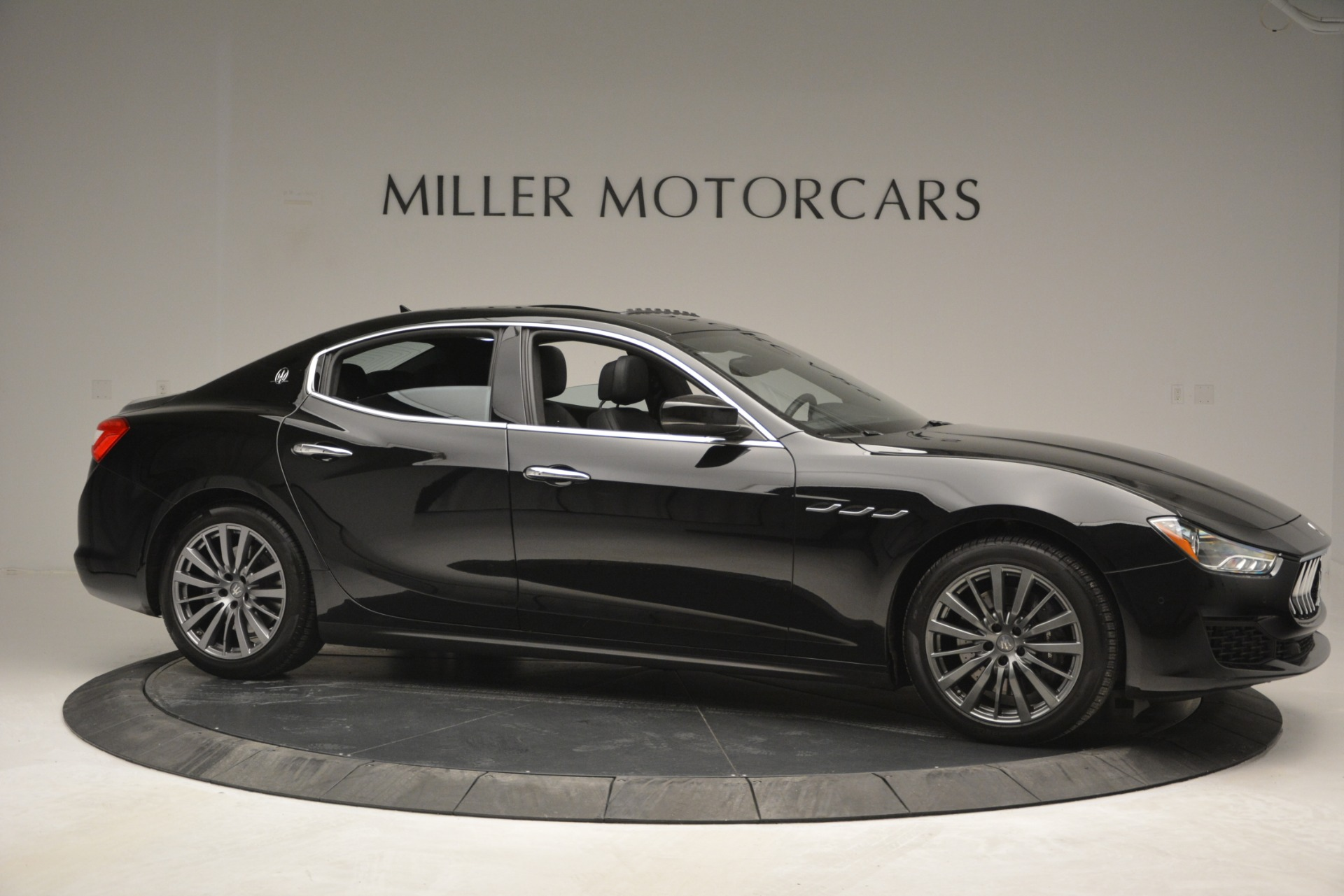 Used 2018 Maserati Ghibli S Q4 For Sale In Westport, CT 2944_p13