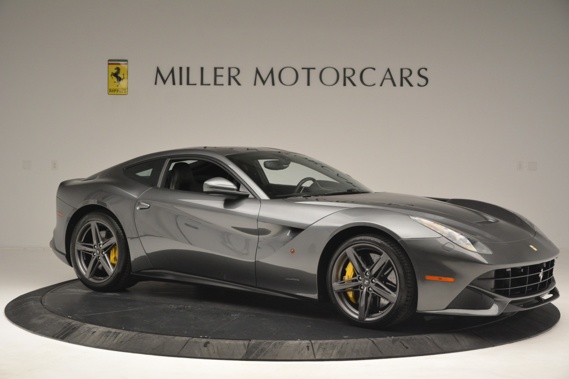 Used 2016 Ferrari F12 Berlinetta  For Sale In Westport, CT 2946_p10