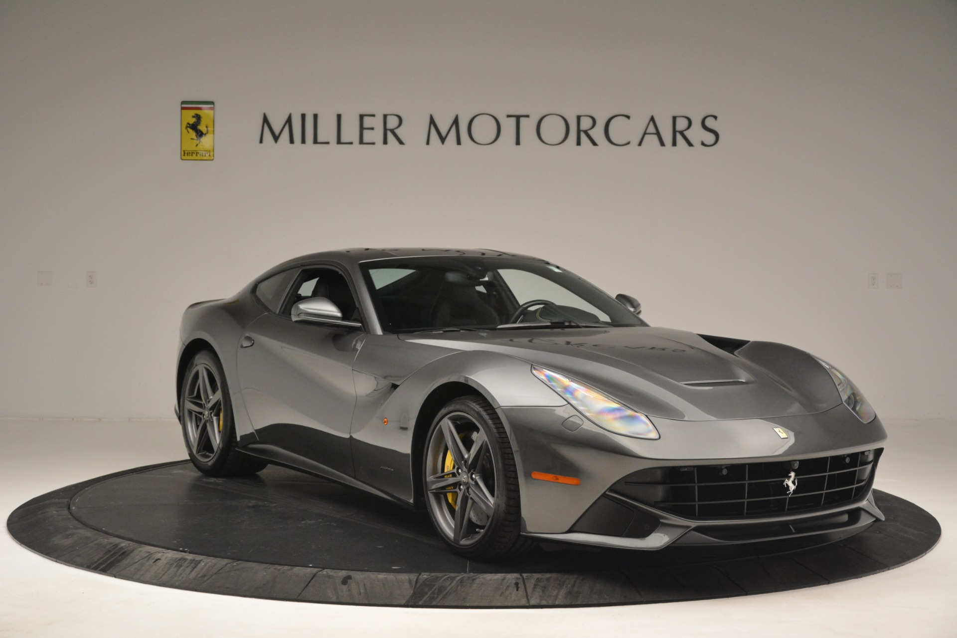 Used 2016 Ferrari F12 Berlinetta  For Sale In Westport, CT 2946_p11