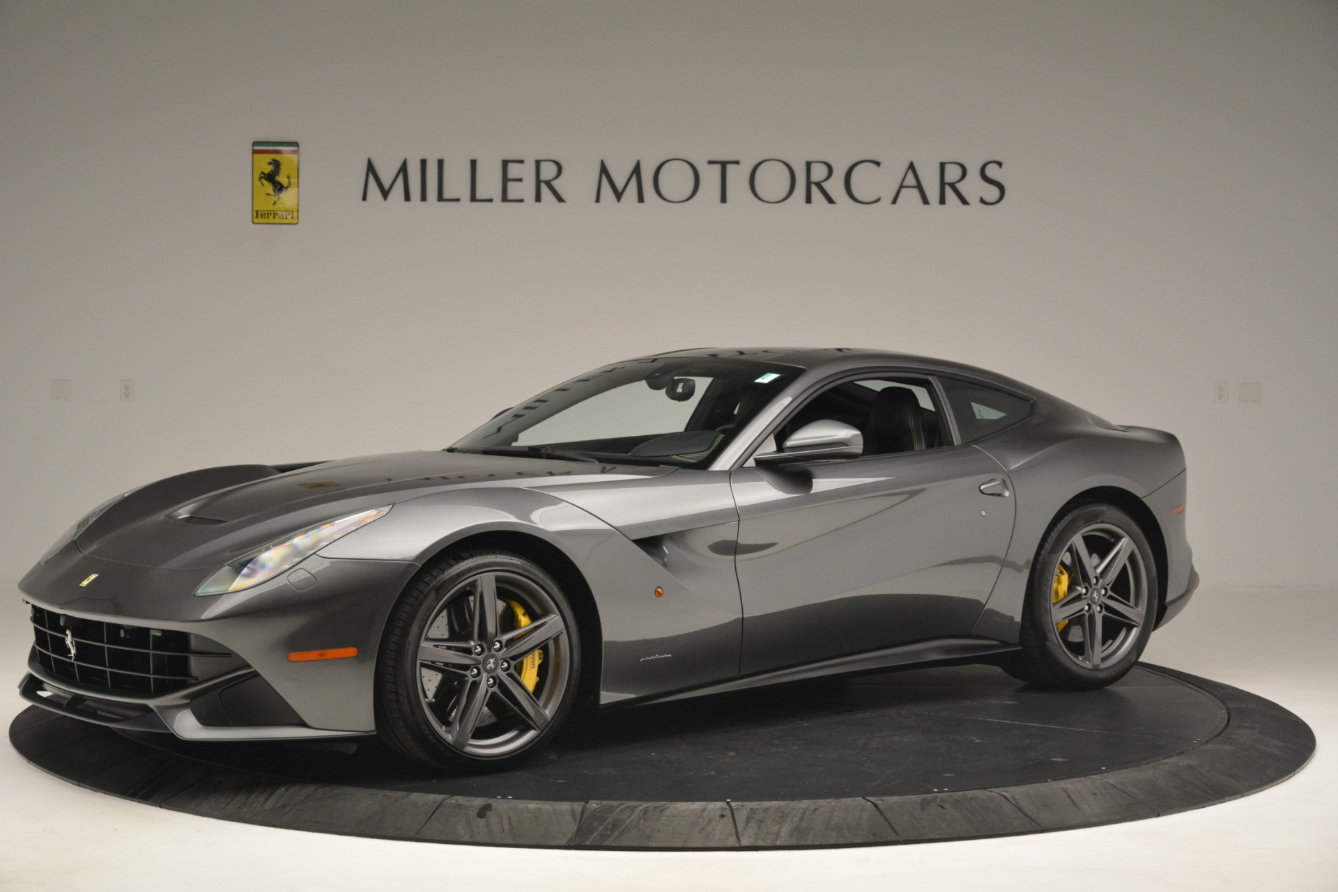 Used 2016 Ferrari F12 Berlinetta  For Sale In Westport, CT 2946_p2
