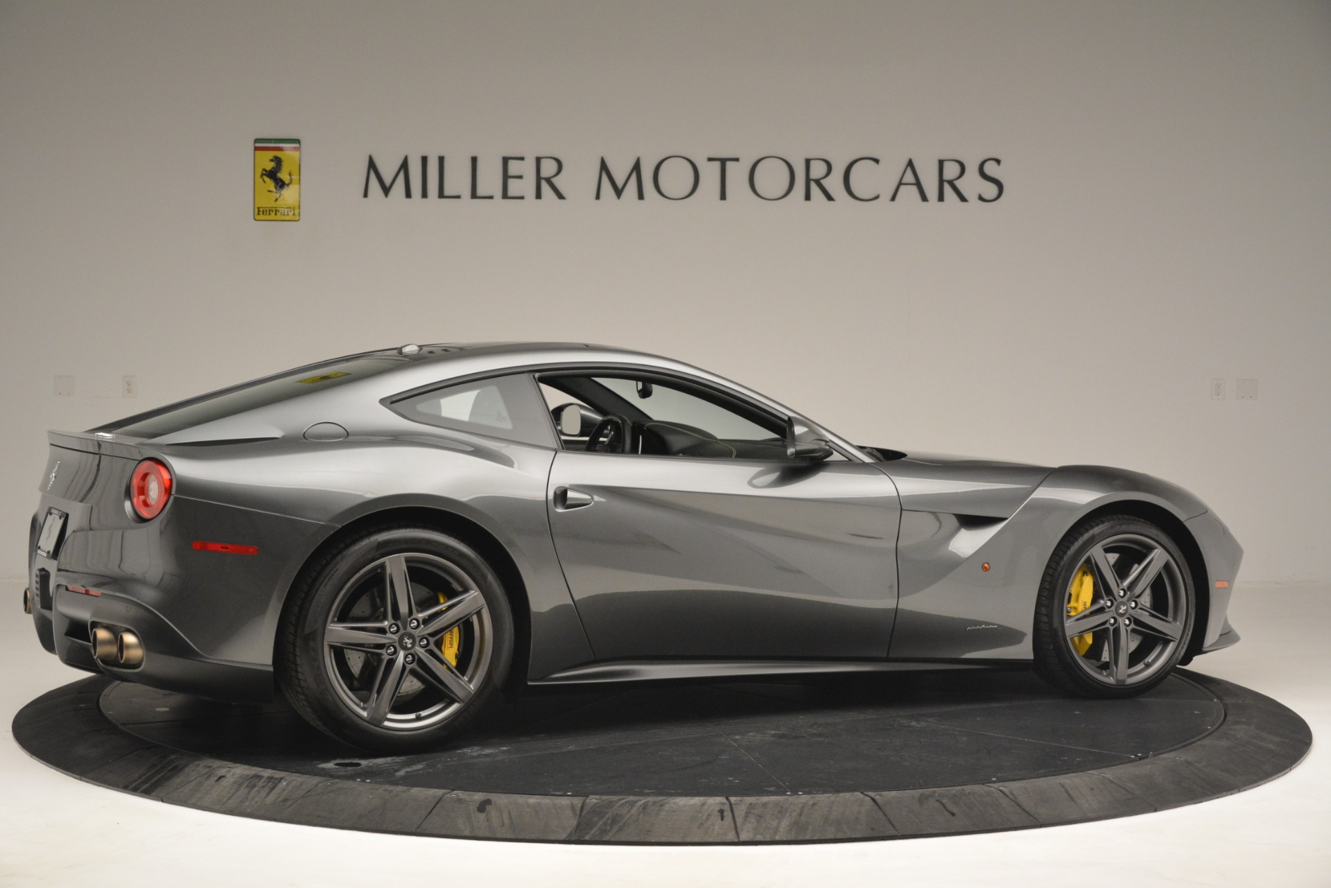 Used 2016 Ferrari F12 Berlinetta  For Sale In Westport, CT 2946_p8