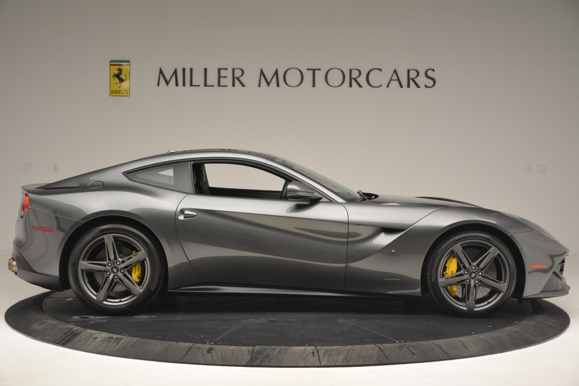 Used 2016 Ferrari F12 Berlinetta  For Sale In Westport, CT 2946_p9