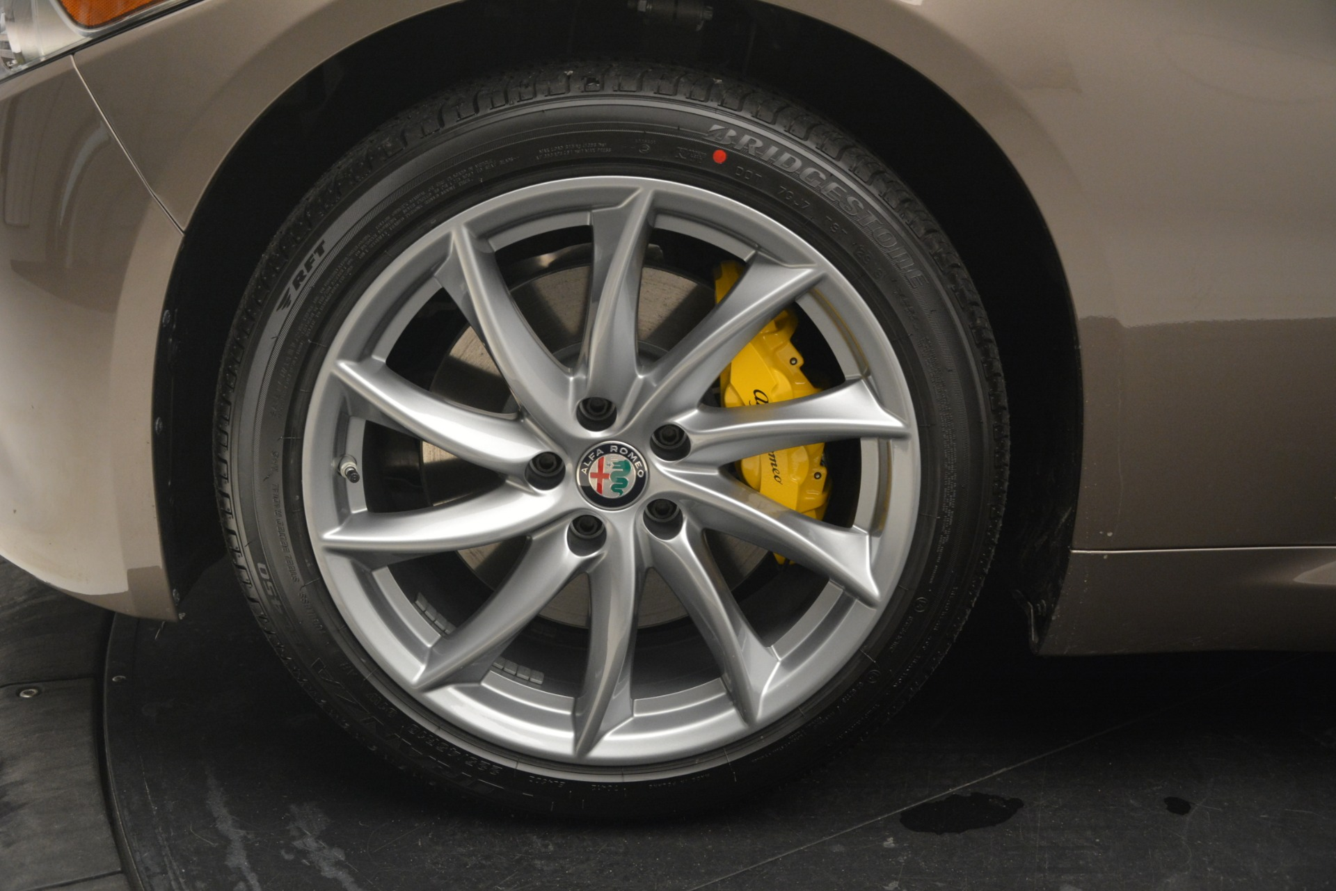 New 2019 Alfa Romeo Giulia Q4 For Sale In Westport, CT 2947_p20