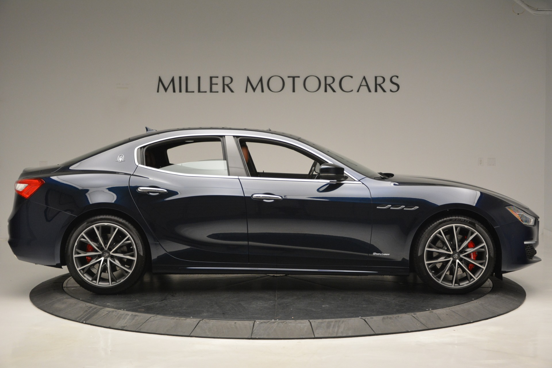 New 2019 Maserati Ghibli S Q4 GranSport For Sale In Westport, CT 2948_p13