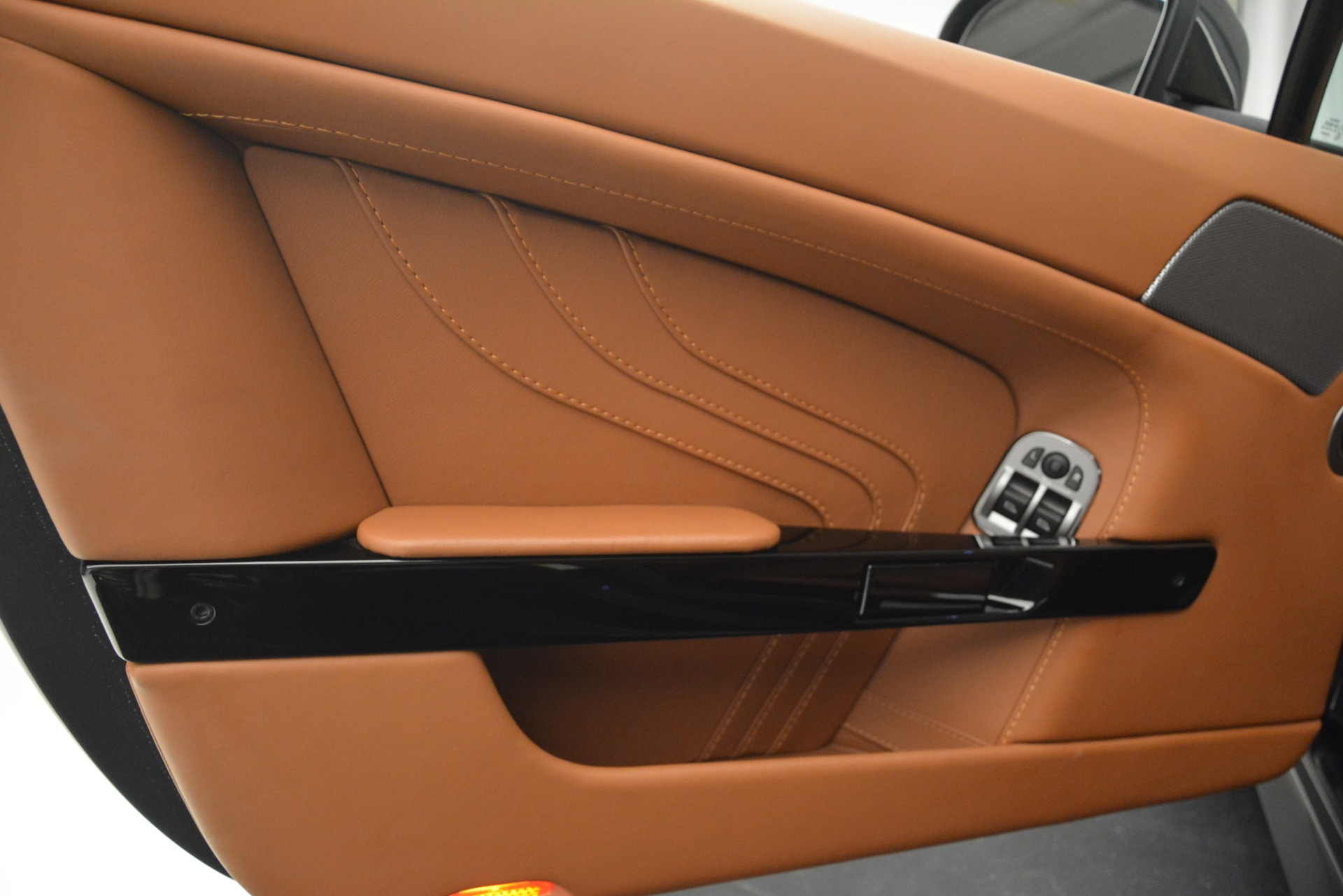 Used 2012 Aston Martin V8 Vantage S Coupe For Sale In Westport, CT 2951_p15
