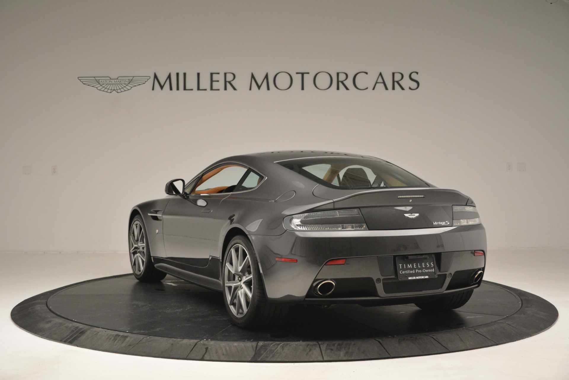 Used 2012 Aston Martin V8 Vantage S Coupe For Sale In Westport, CT 2951_p5
