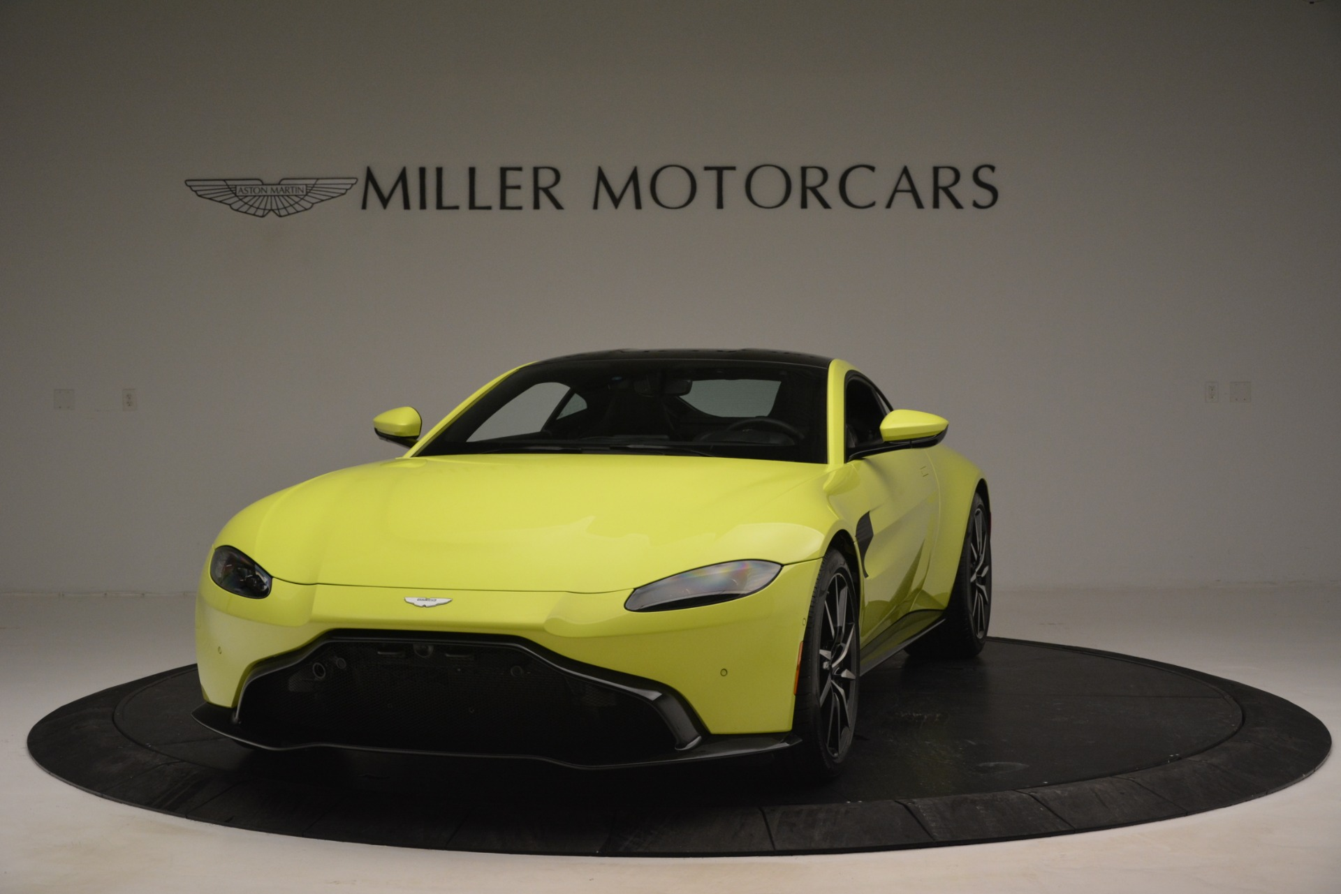 Used 2019 Aston Martin Vantage  For Sale In Westport, CT 2958_main