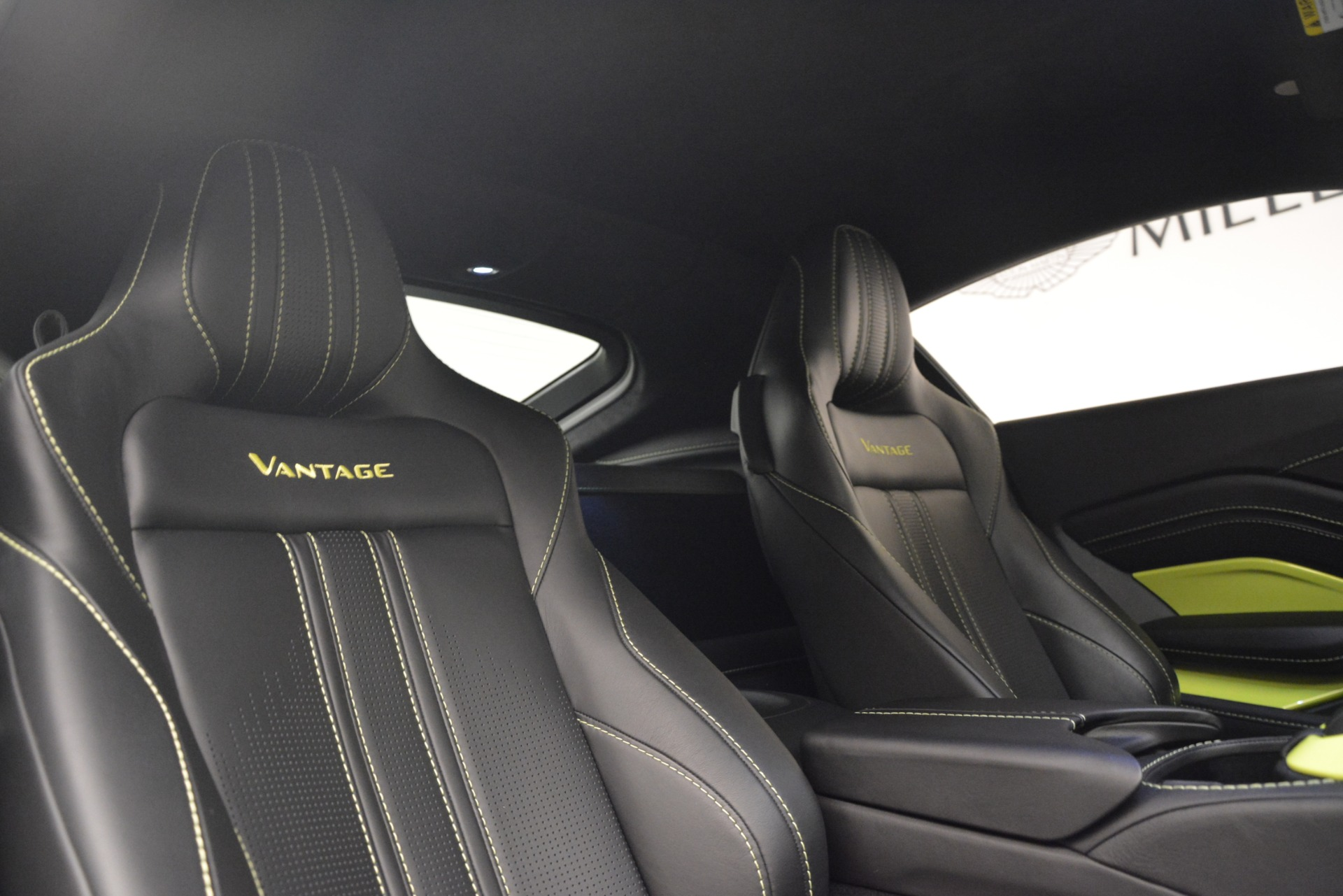 Used 2019 Aston Martin Vantage  For Sale In Westport, CT 2958_p17