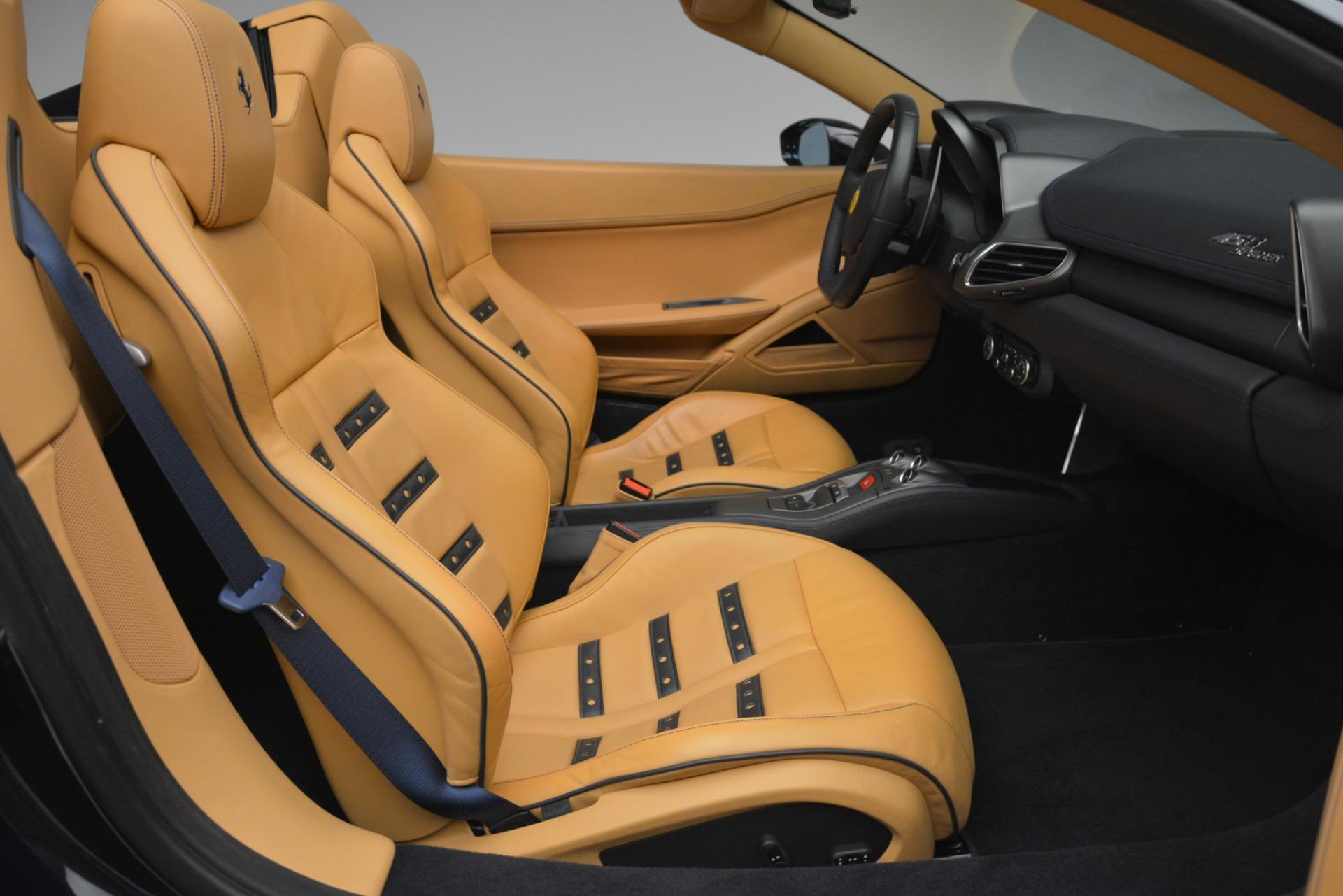 Used 2014 Ferrari 458 Spider  For Sale In Westport, CT 2964_p30