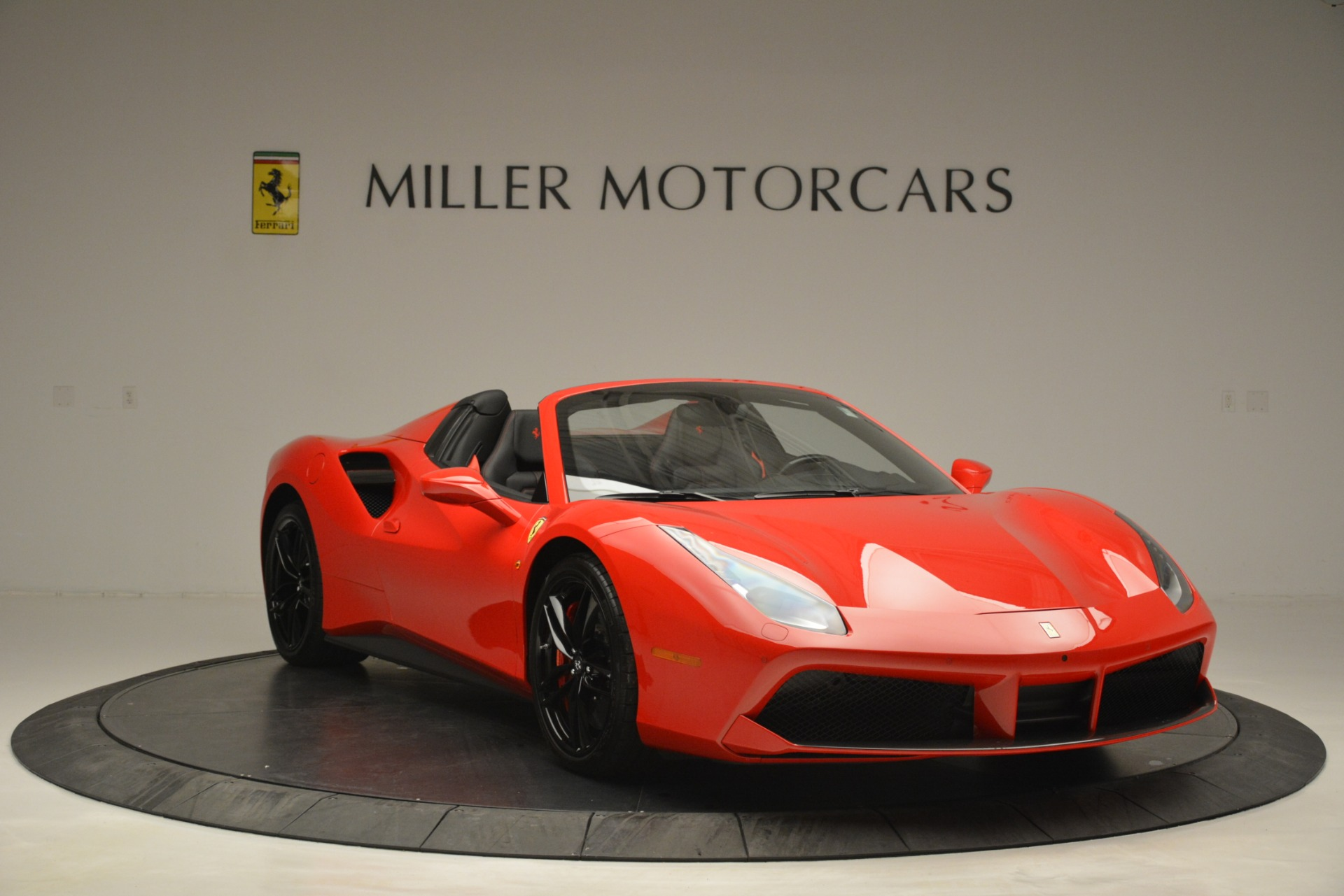 Used 2017 Ferrari 488 Spider  For Sale In Westport, CT 2965_p11