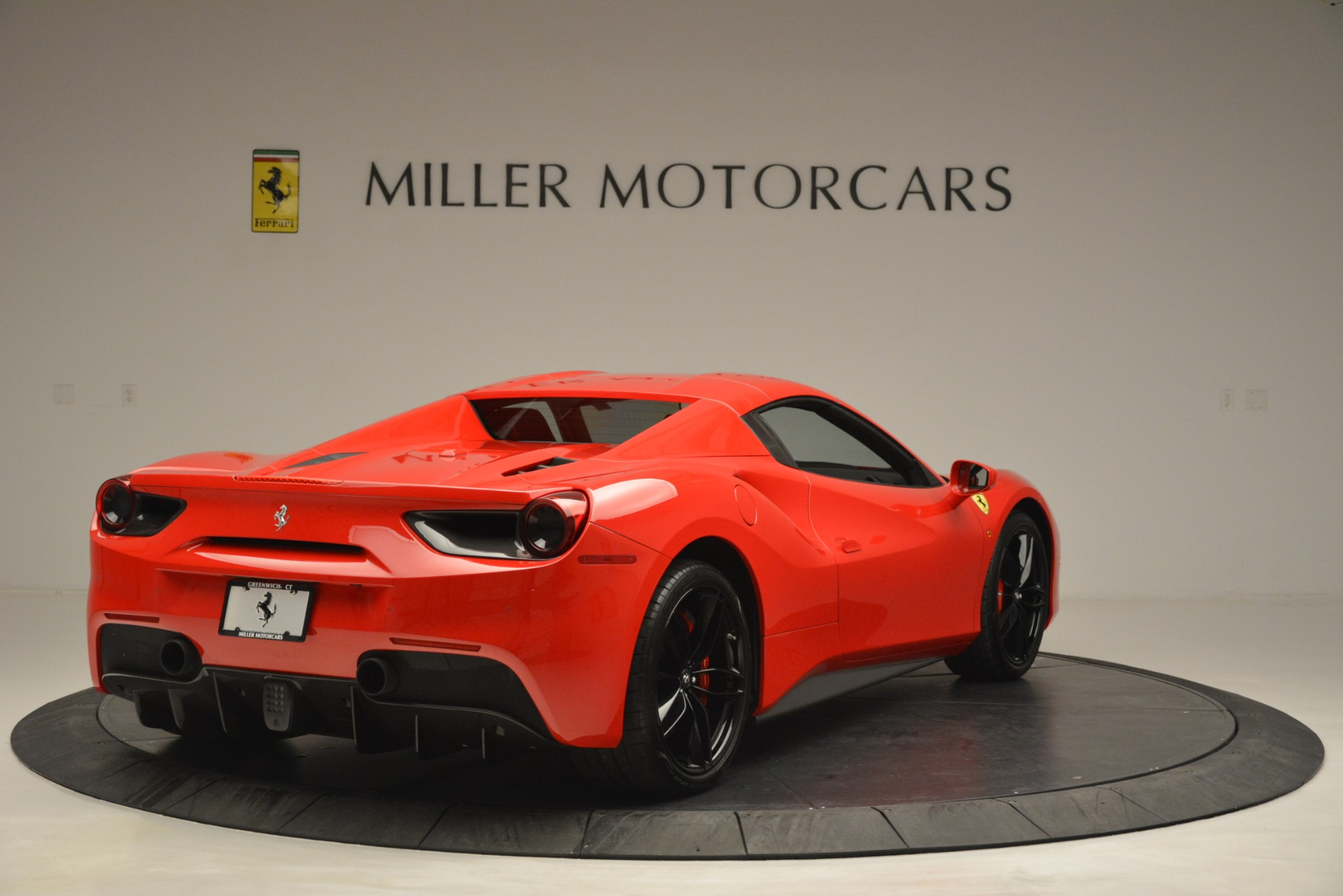 Used 2017 Ferrari 488 Spider  For Sale In Westport, CT 2965_p19