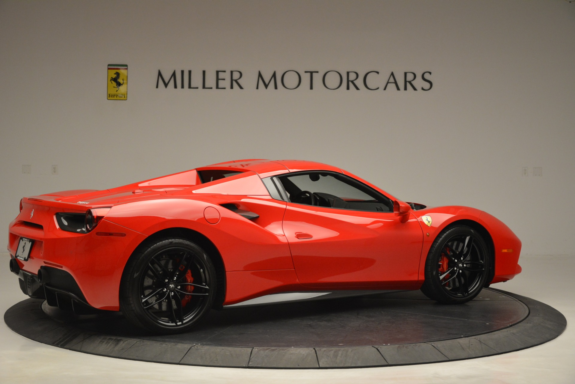 Used 2017 Ferrari 488 Spider  For Sale In Westport, CT 2965_p20