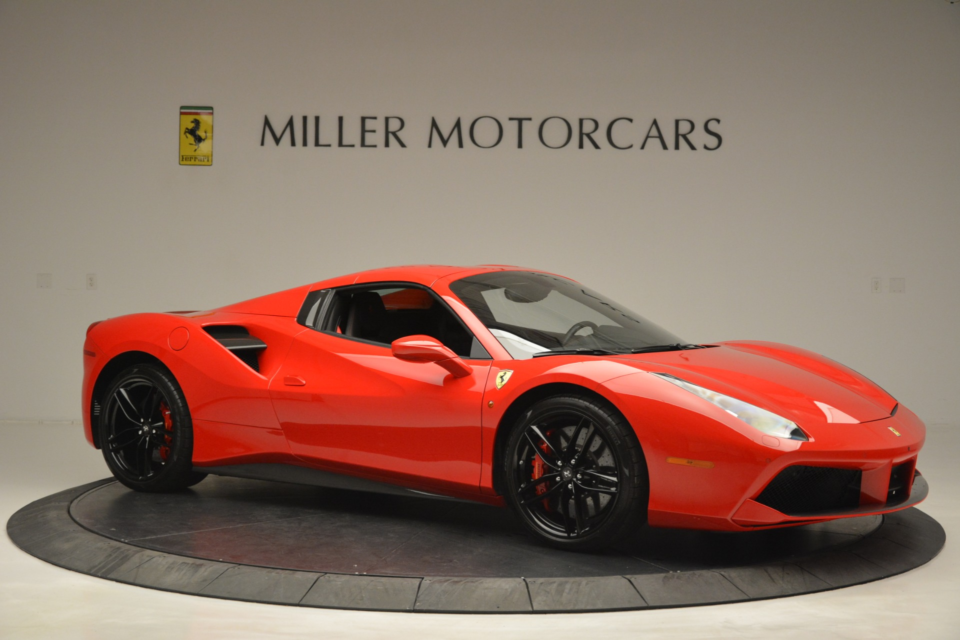 Used 2017 Ferrari 488 Spider  For Sale In Westport, CT 2965_p22