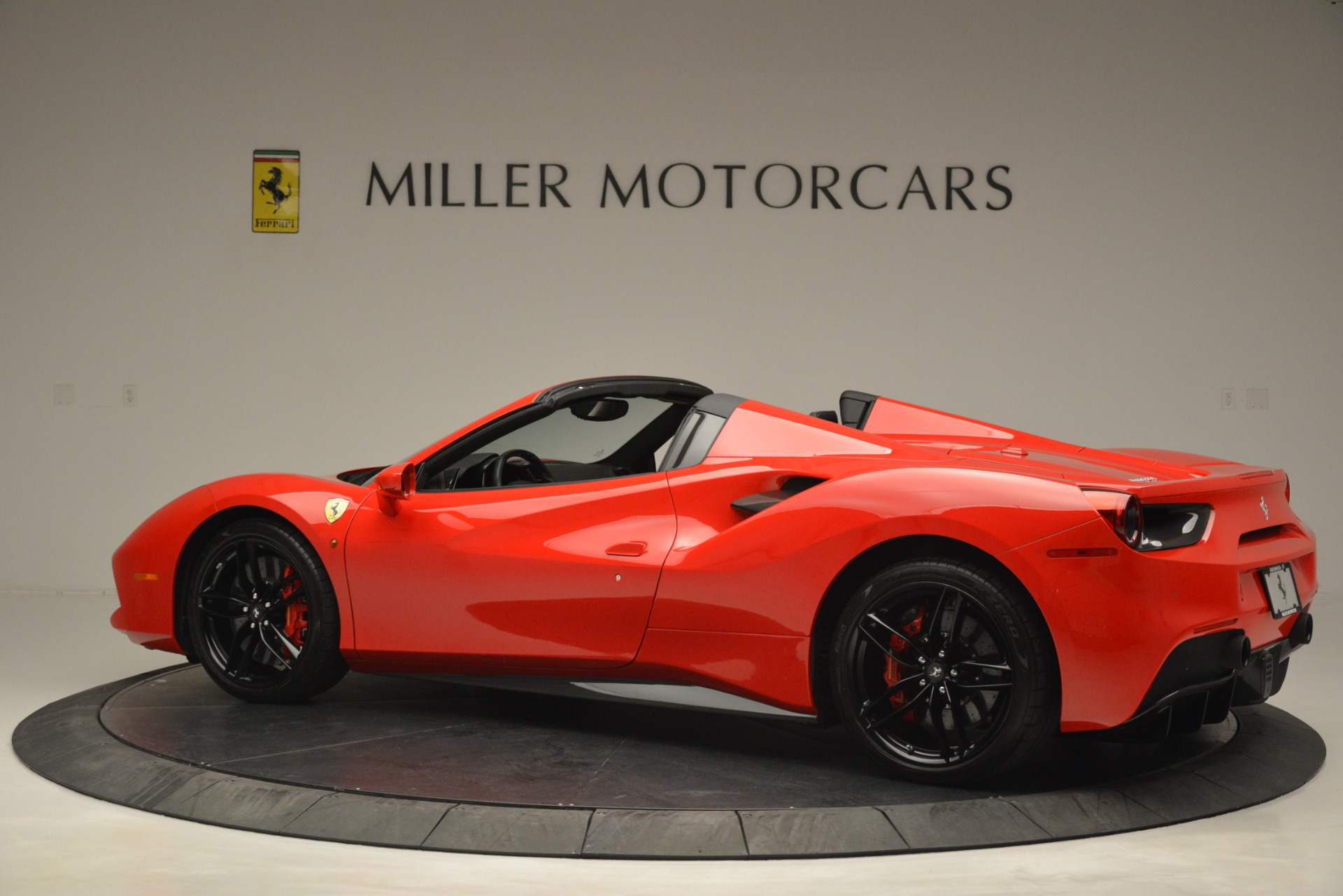 Used 2017 Ferrari 488 Spider  For Sale In Westport, CT 2965_p4