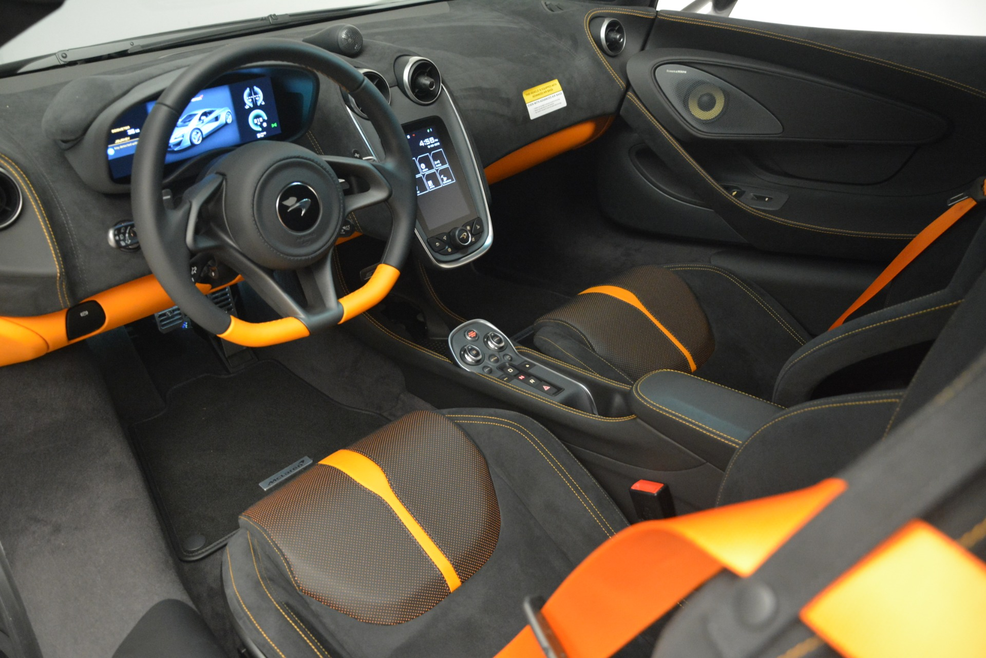 New 2019 McLaren 570S Coupe For Sale In Westport, CT 2968_p16