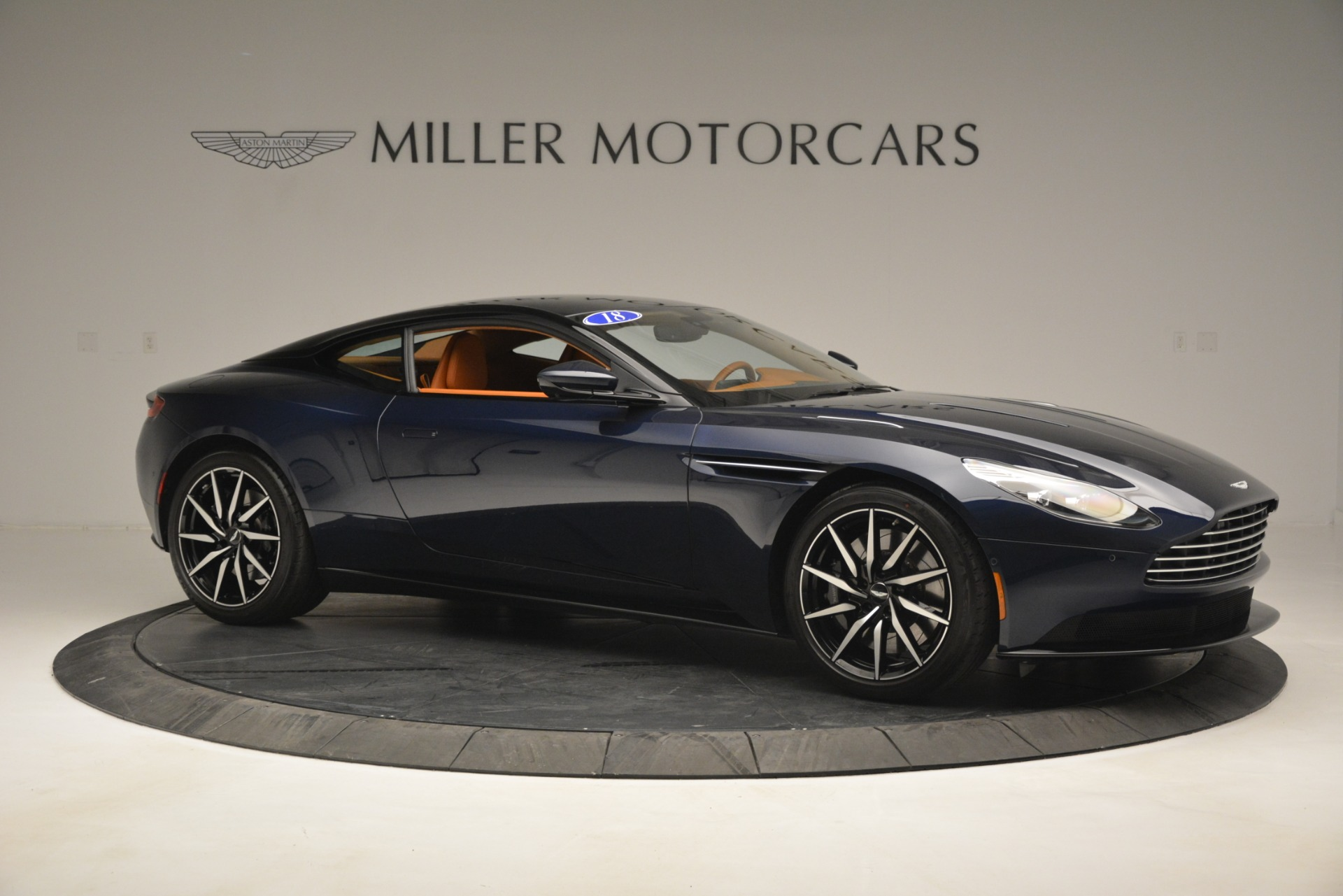 Used 2018 Aston Martin DB11 V12 Coupe For Sale In Westport, CT 2969_p10