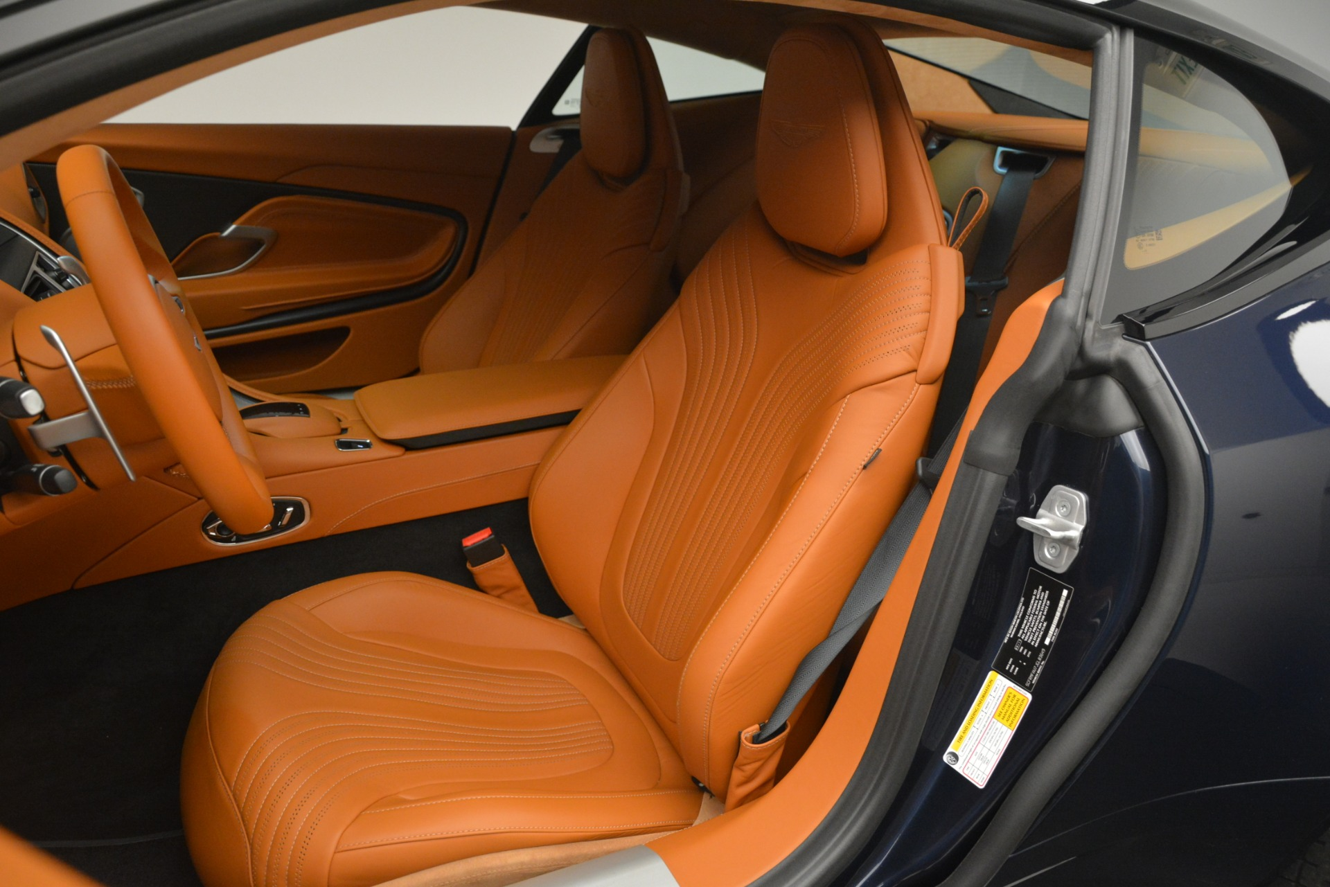 Used 2018 Aston Martin DB11 V12 Coupe For Sale In Westport, CT 2969_p16