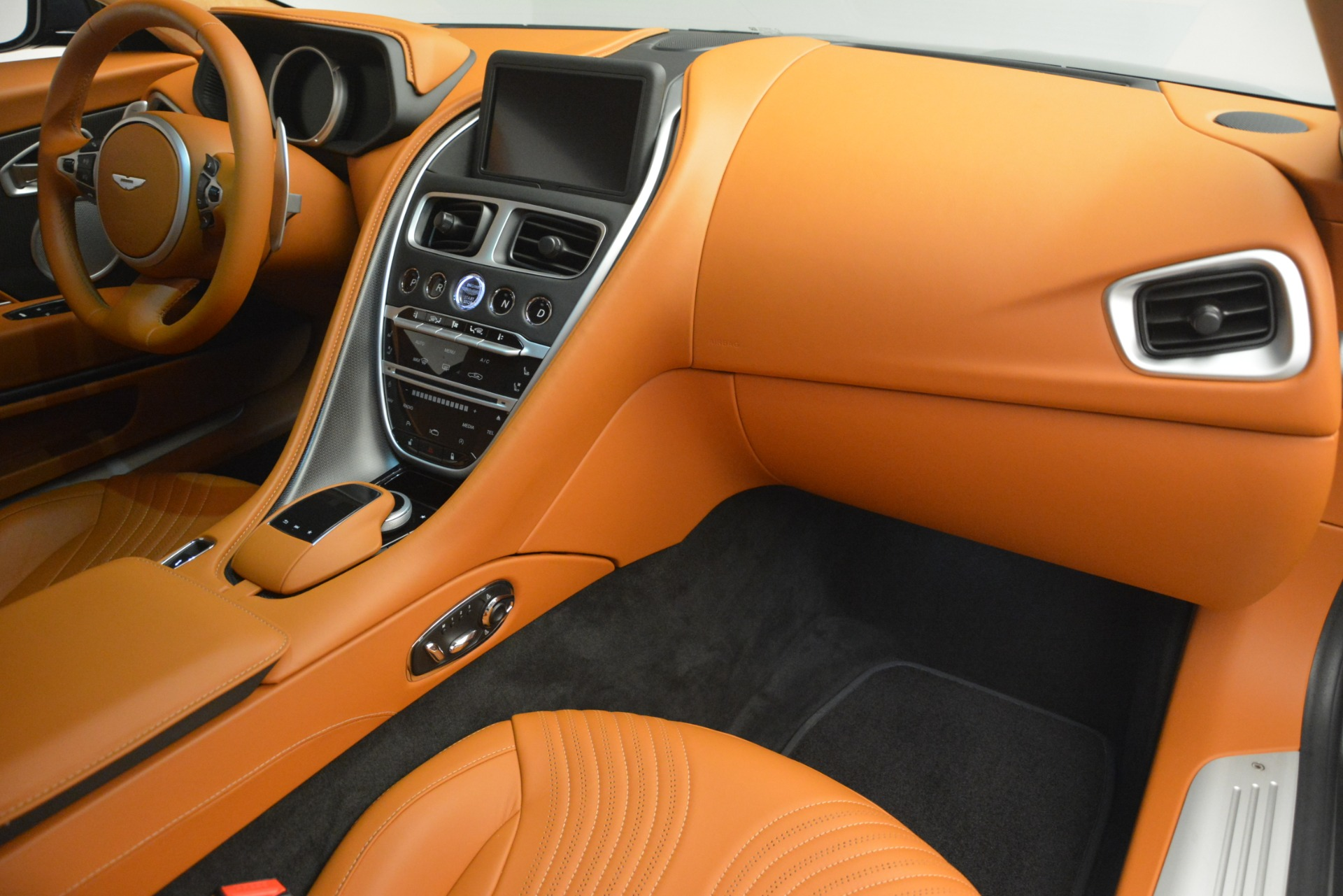 Used 2018 Aston Martin DB11 V12 Coupe For Sale In Westport, CT 2969_p20