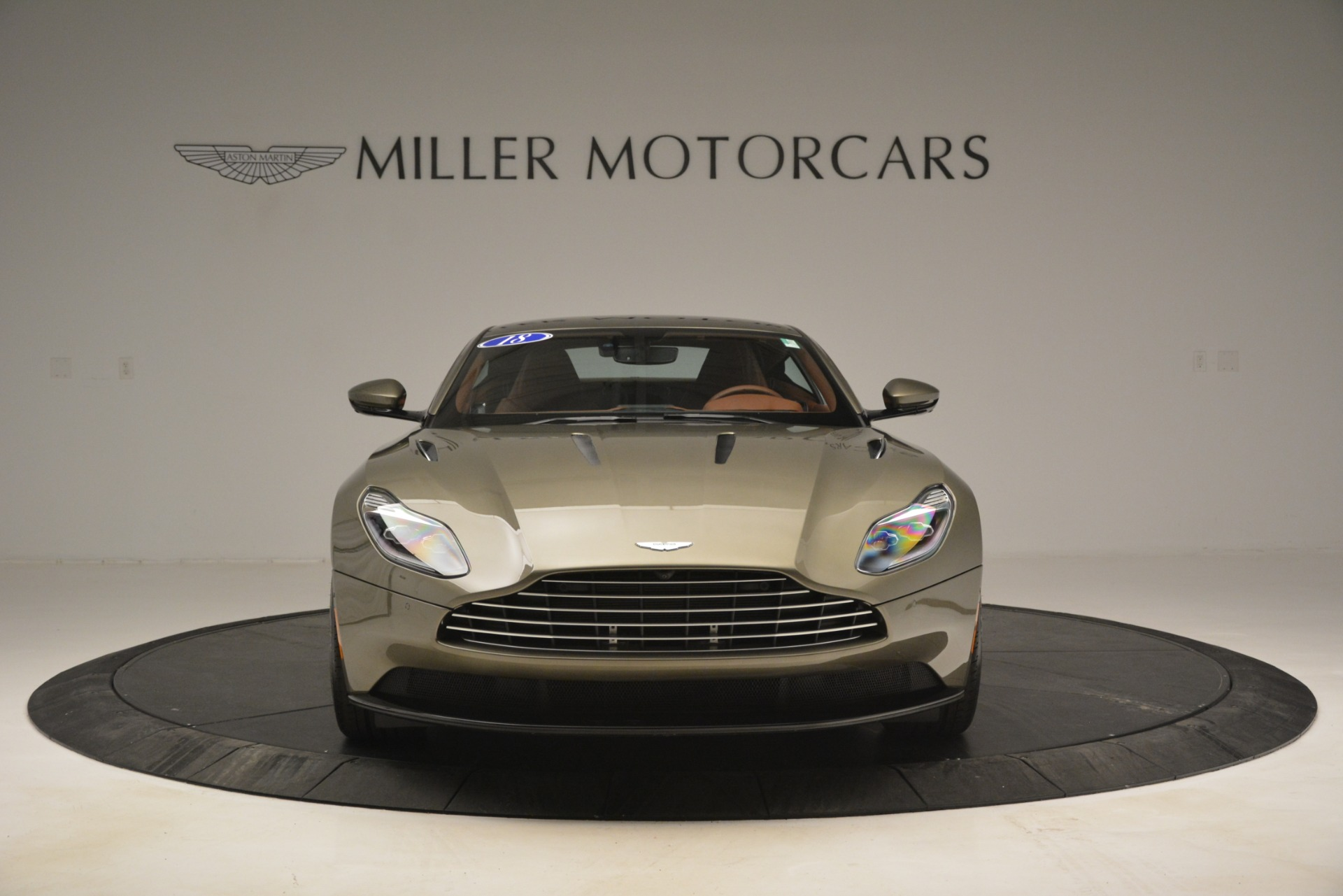 Used 2018 Aston Martin DB11 V12 Coupe For Sale In Westport, CT 2970_p12