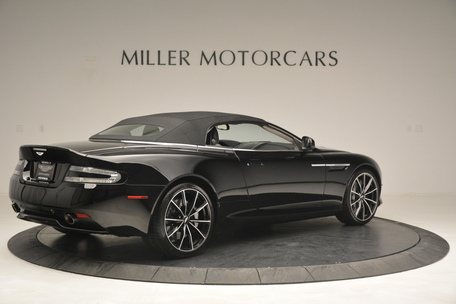 Used 2016 Aston Martin DB9 Convertible For Sale In Westport, CT 2971_p30