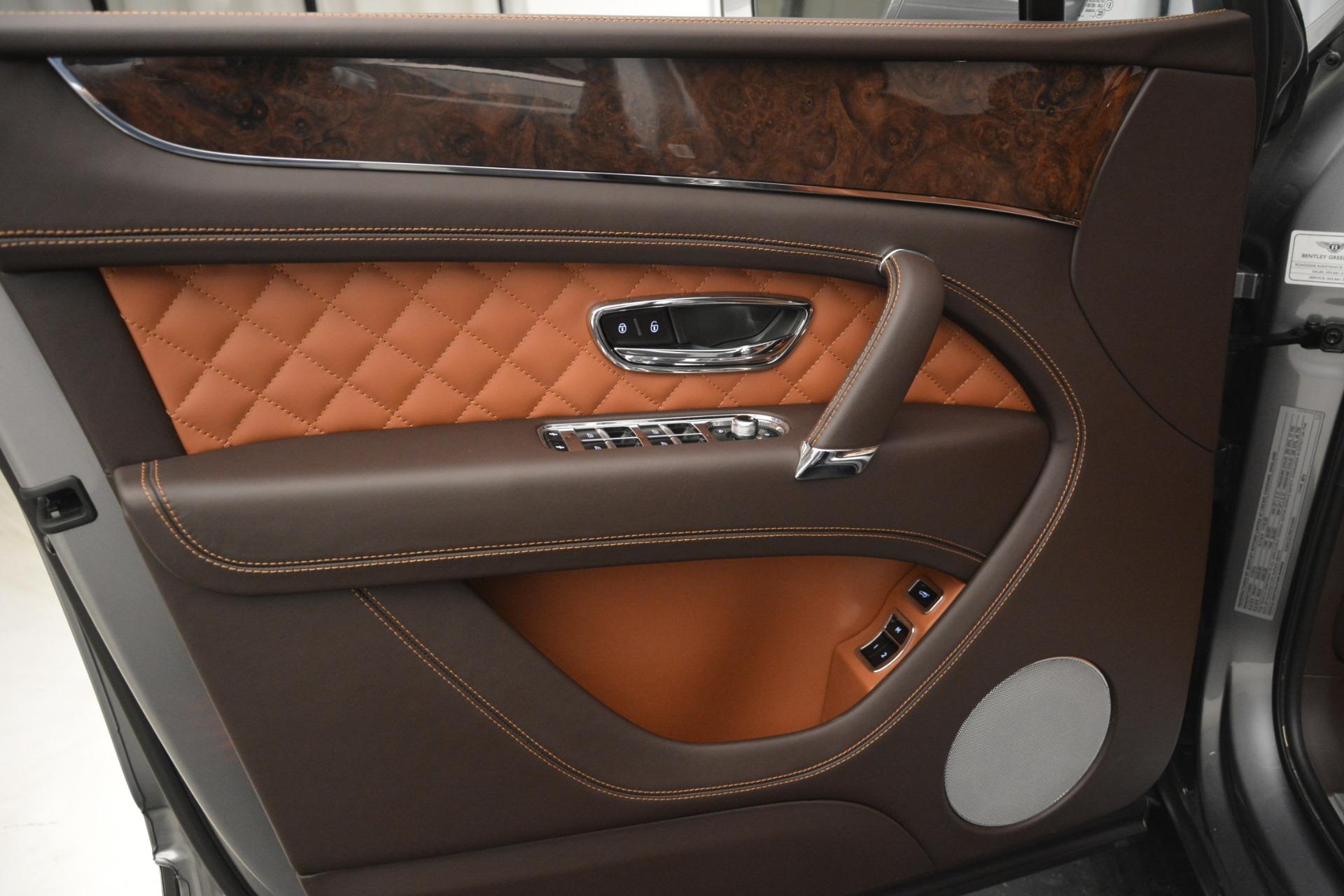 Used 2017 Bentley Bentayga W12 For Sale In Westport, CT 2972_p16