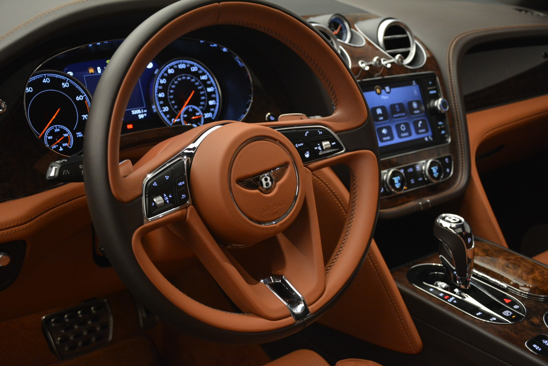 Used 2017 Bentley Bentayga W12 For Sale In Westport, CT 2972_p20