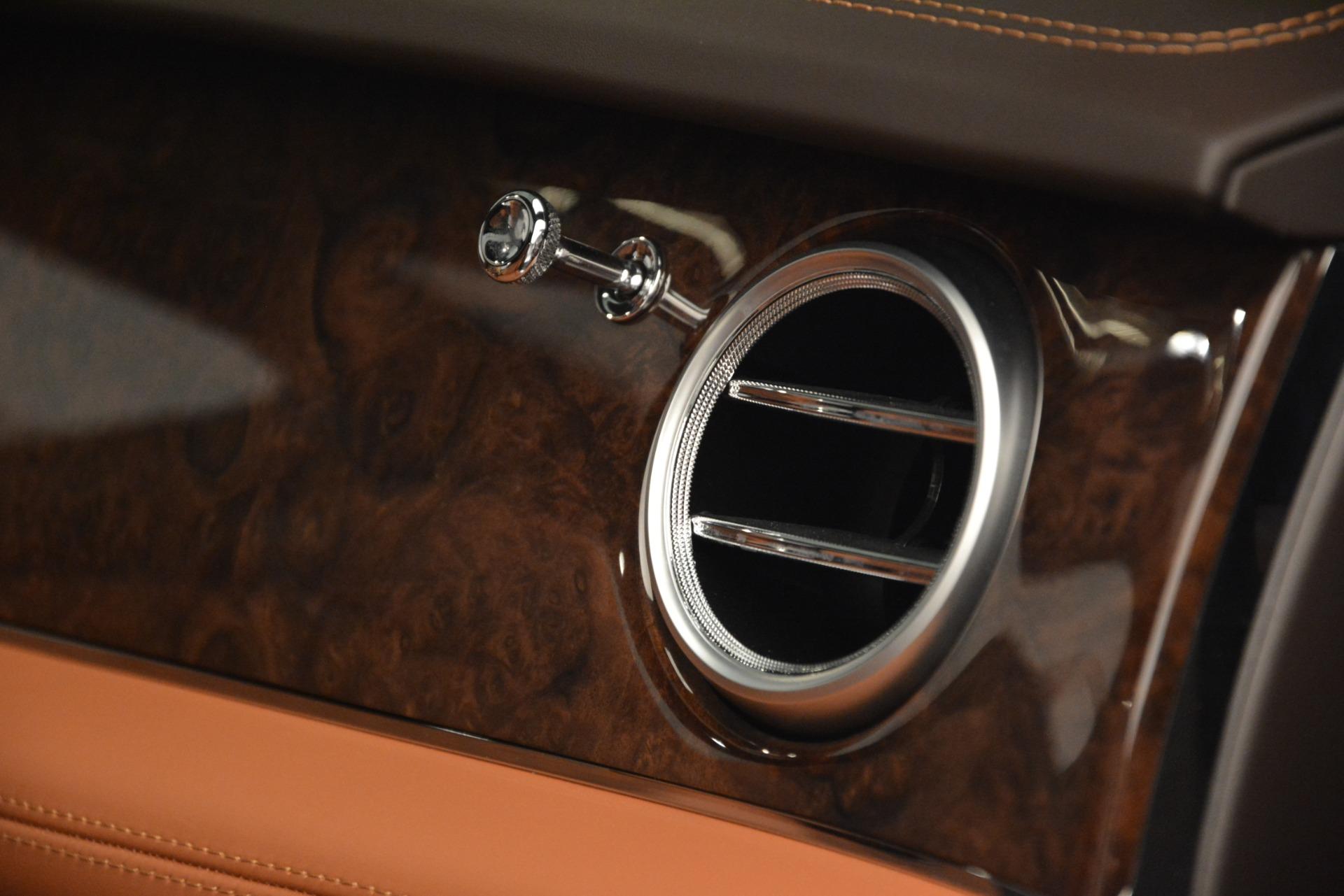Used 2017 Bentley Bentayga W12 For Sale In Westport, CT 2972_p27