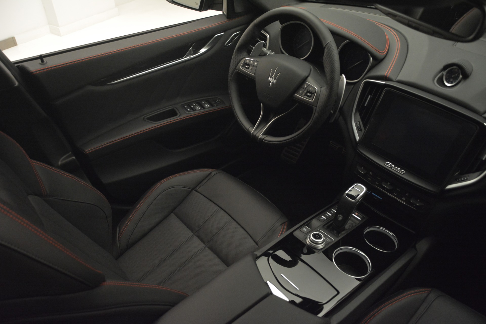 New 2019 Maserati Ghibli S Q4 GranSport For Sale In Westport, CT 2978_p15