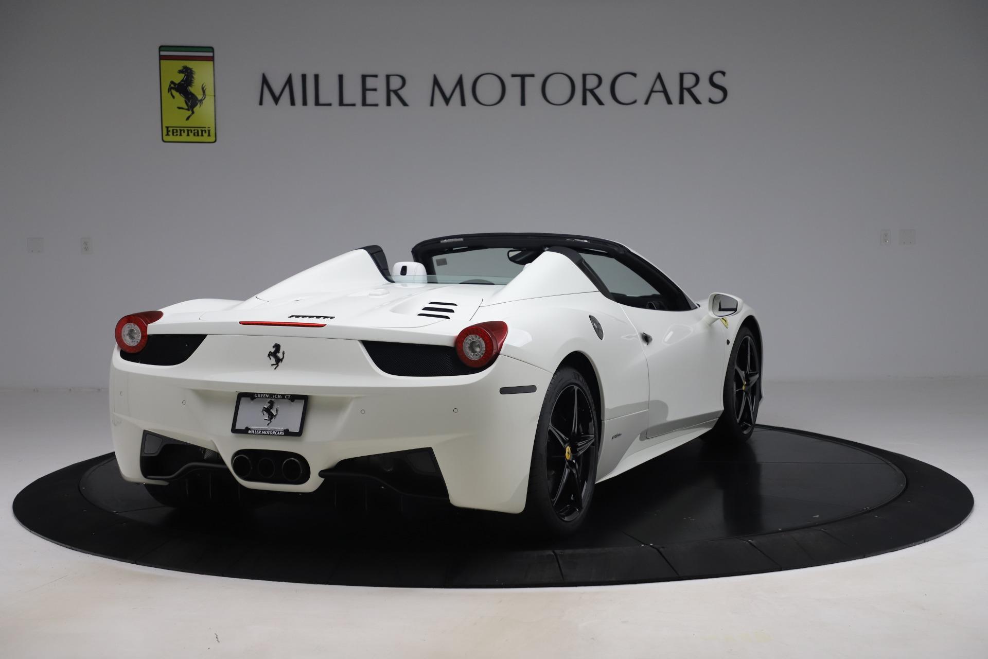 Used 2015 Ferrari 458 Spider  For Sale In Westport, CT 2979_p7