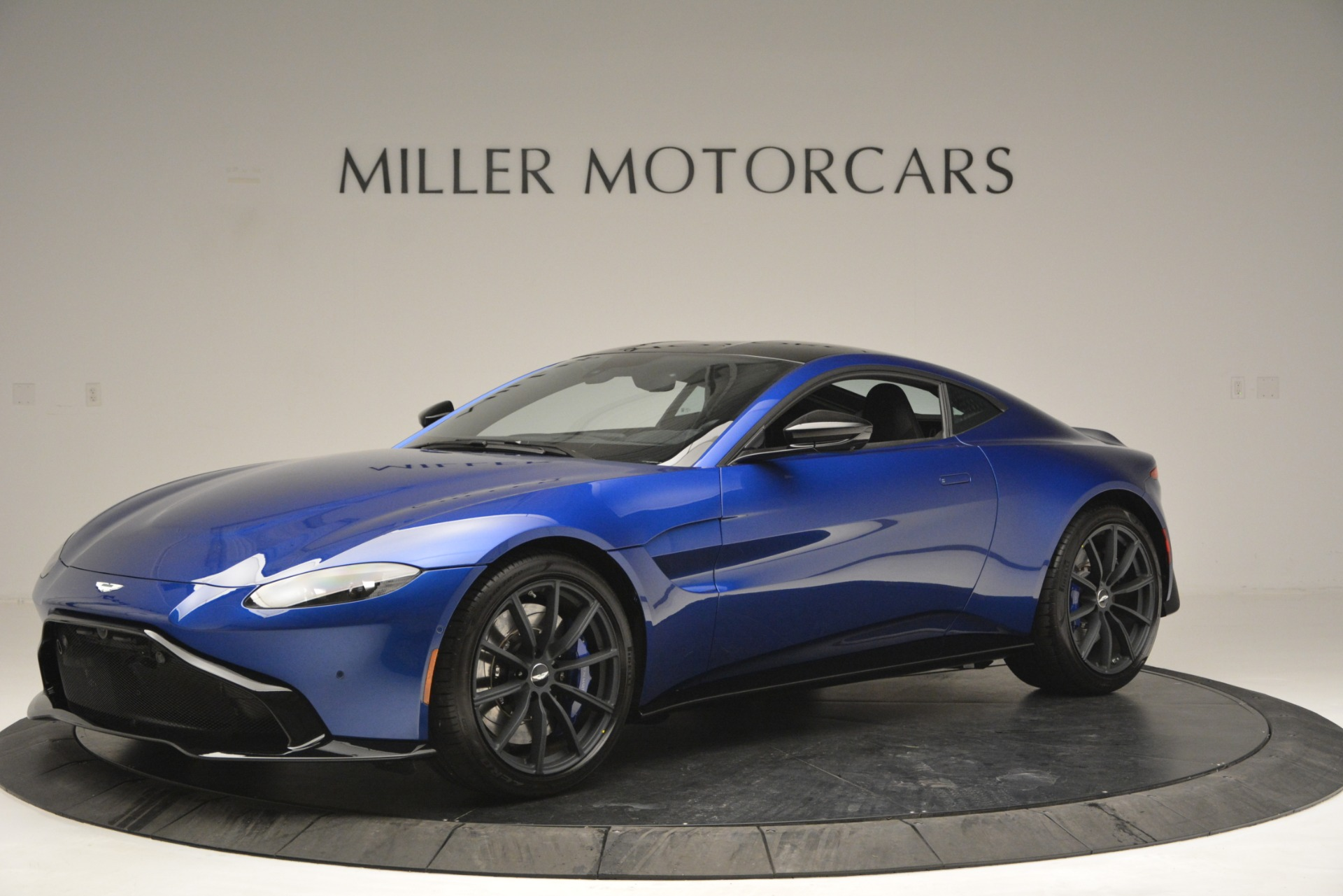Used 2019 Aston Martin Vantage Coupe For Sale In Westport, CT 2981_main