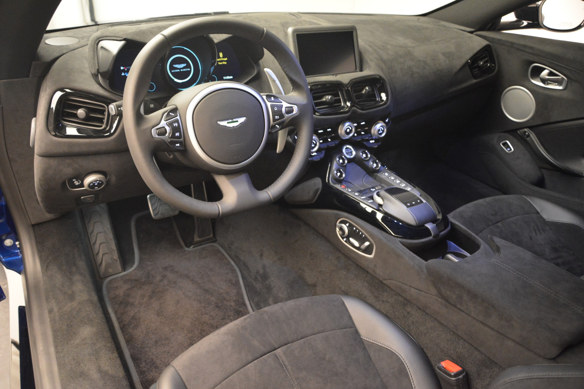 Used 2019 Aston Martin Vantage Coupe For Sale In Westport, CT 2981_p12