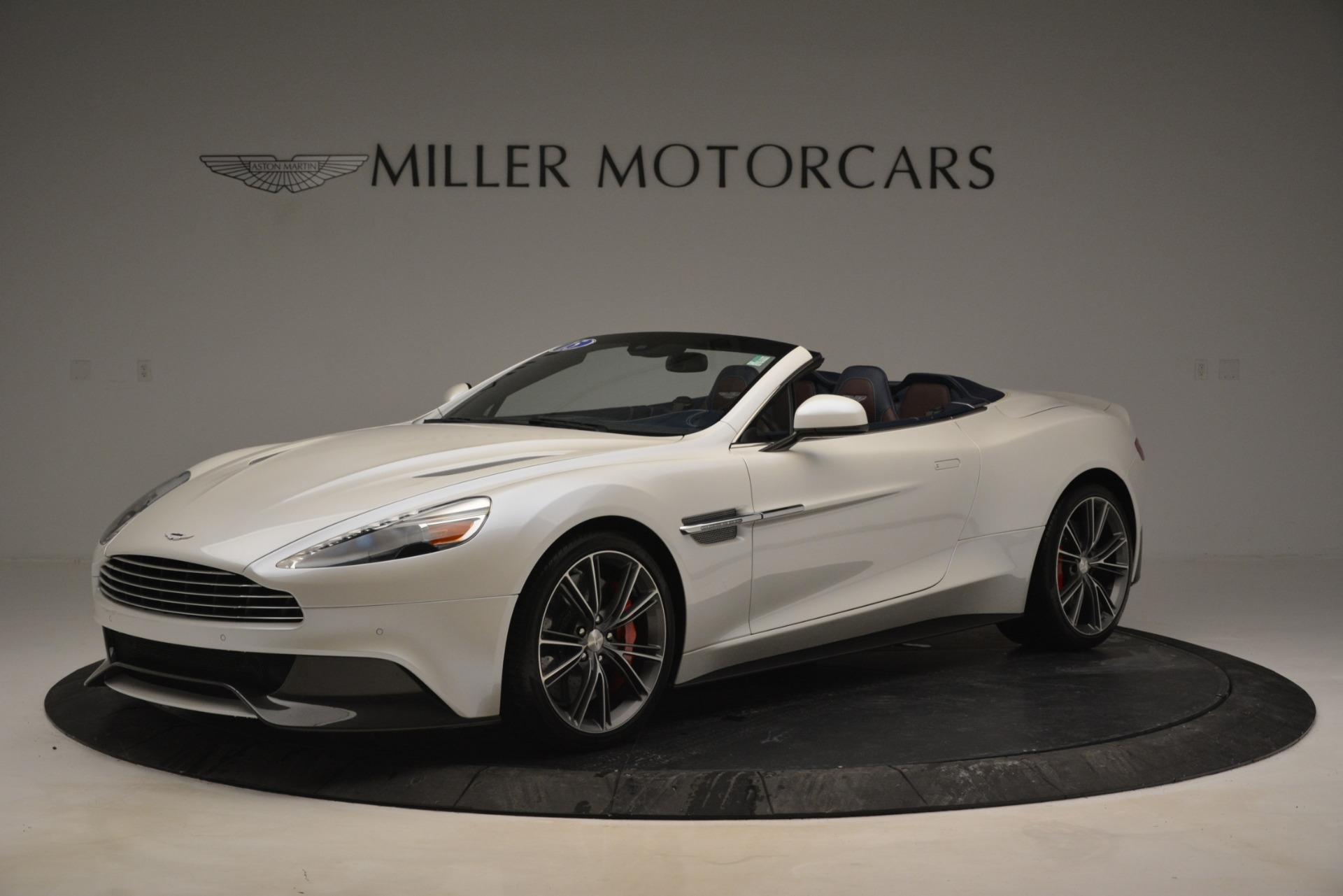 Used 2015 Aston Martin Vanquish Convertible For Sale In Westport, CT