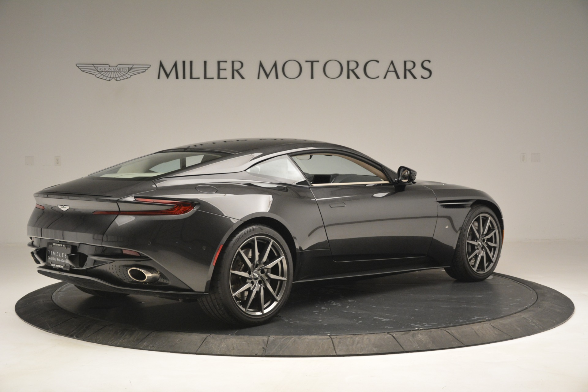 Used 2017 Aston Martin DB11 V12 Coupe For Sale In Westport, CT 2988_p8
