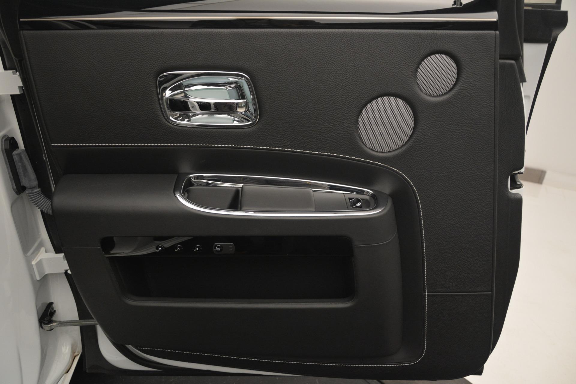 Used 2014 Rolls-Royce Ghost V-Spec For Sale In Westport, CT 2989_p19