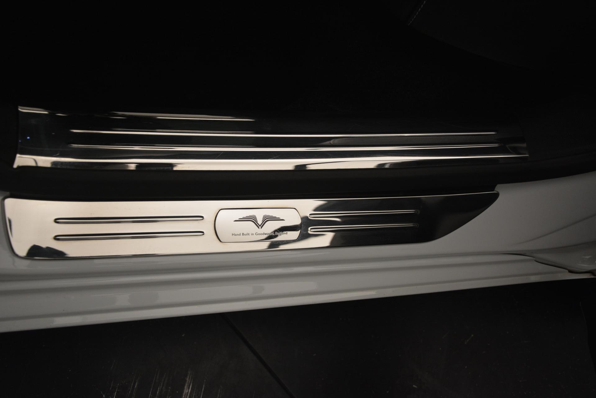 Used 2014 Rolls-Royce Ghost V-Spec For Sale In Westport, CT 2989_p20