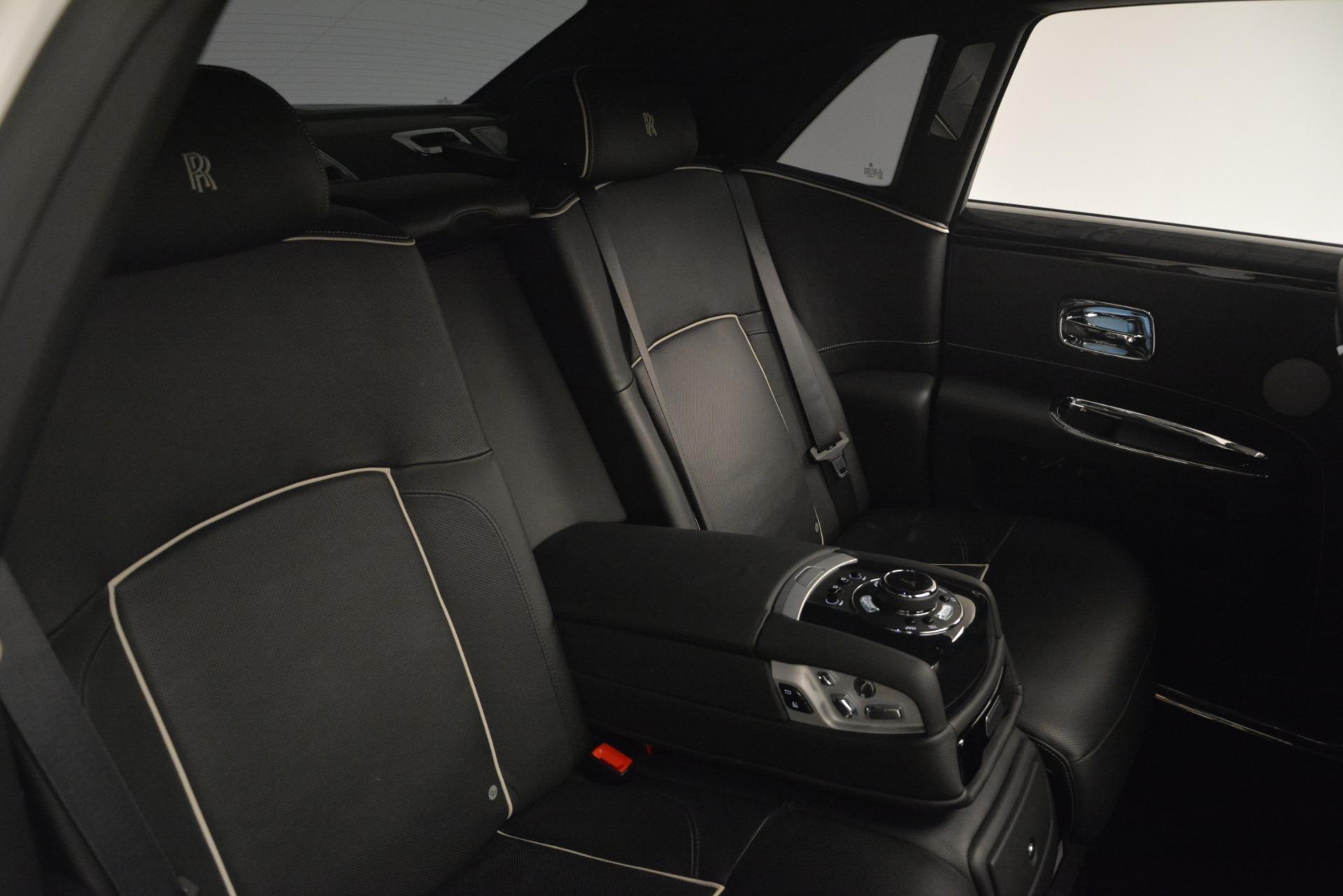 Used 2014 Rolls-Royce Ghost V-Spec For Sale In Westport, CT 2989_p28