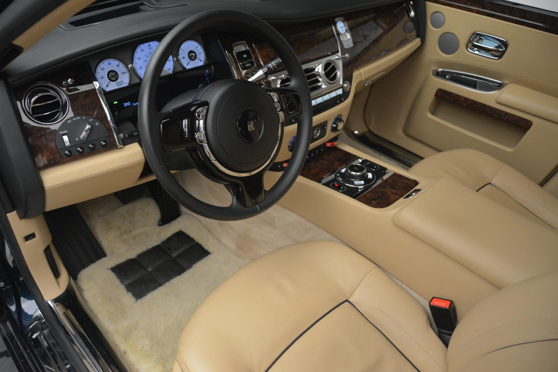 Used 2014 Rolls-Royce Ghost  For Sale In Westport, CT 2990_p15