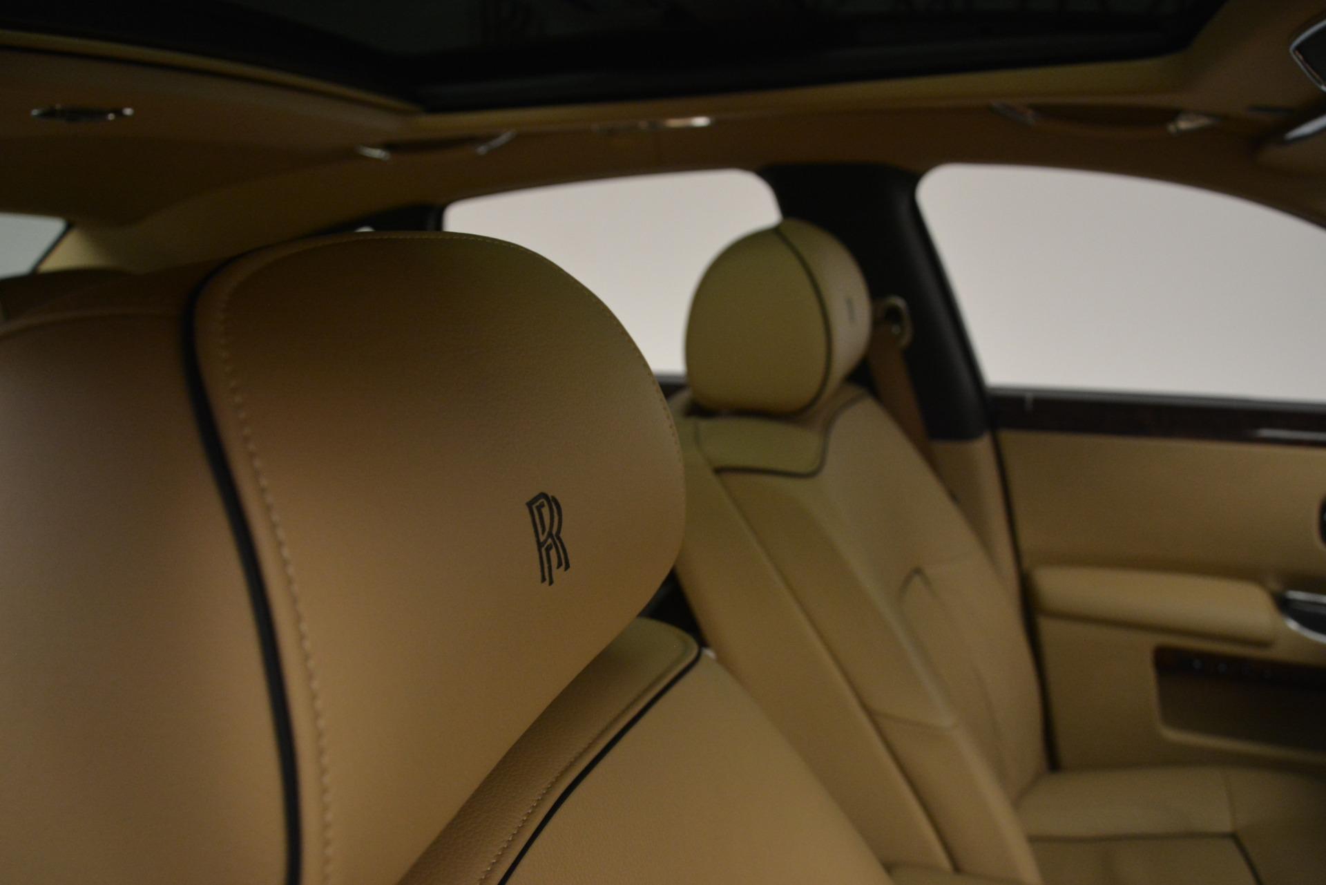 Used 2014 Rolls-Royce Ghost  For Sale In Westport, CT 2990_p35