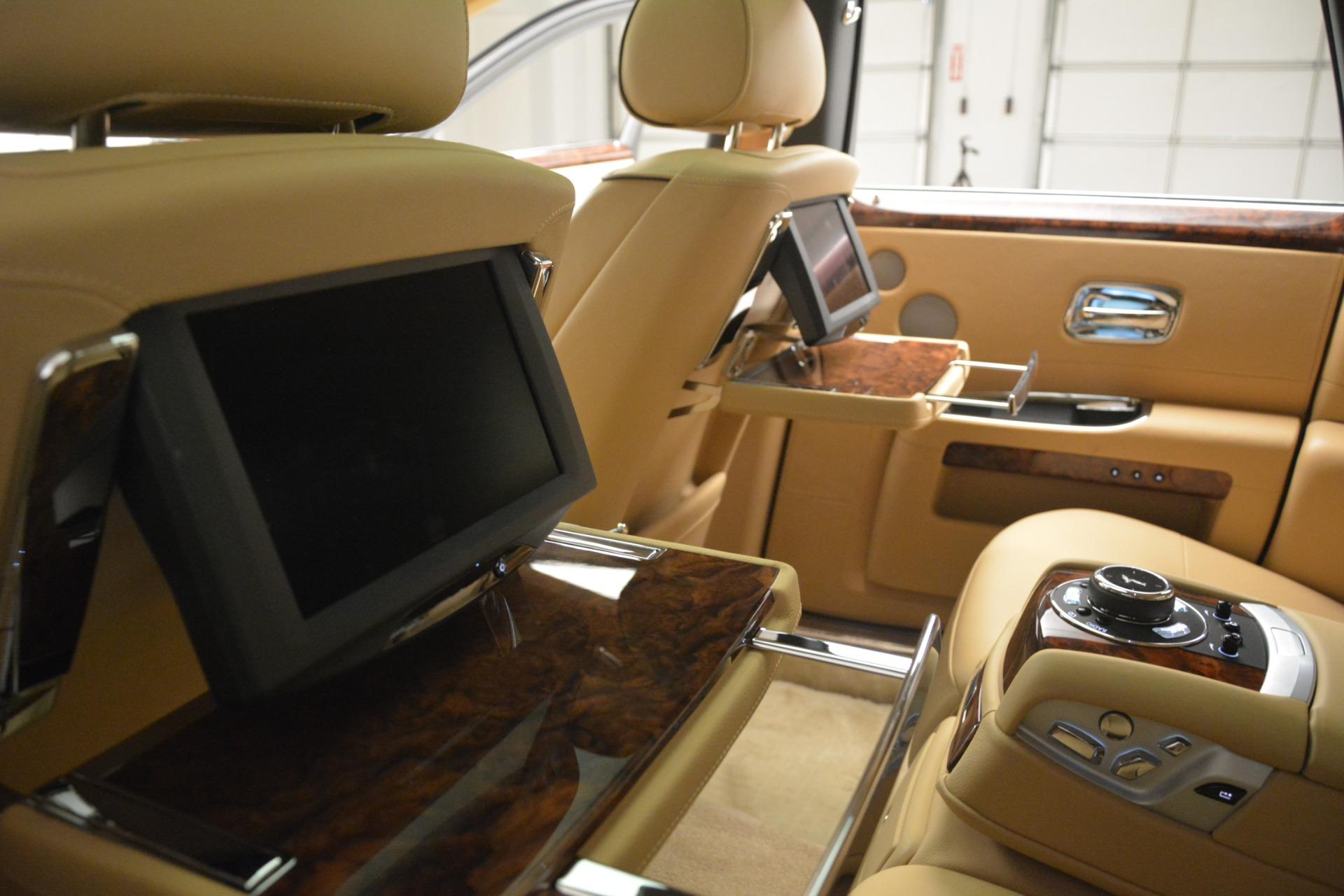Used 2014 Rolls-Royce Ghost  For Sale In Westport, CT 2990_p38