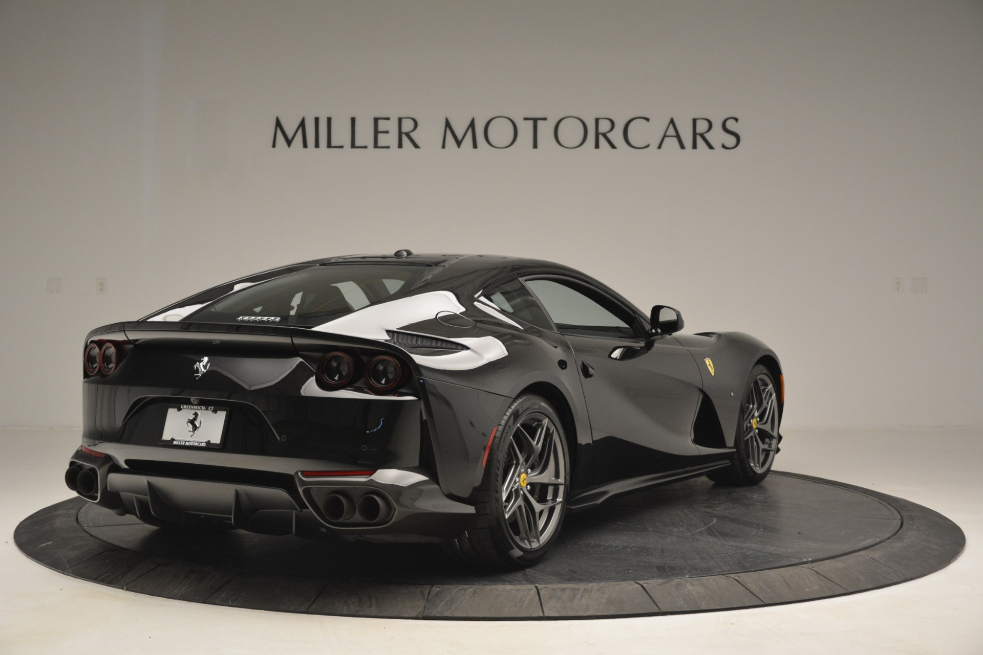 Used 2018 Ferrari 812 Superfast  For Sale In Westport, CT 2992_p7