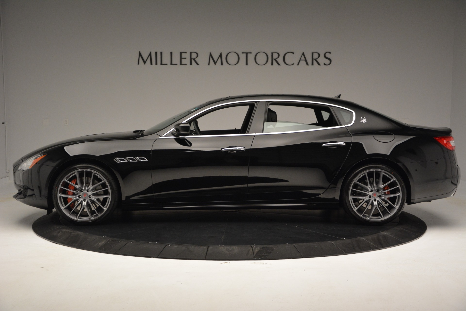 Used 2015 Maserati Quattroporte GTS For Sale In Westport, CT 2993_p3