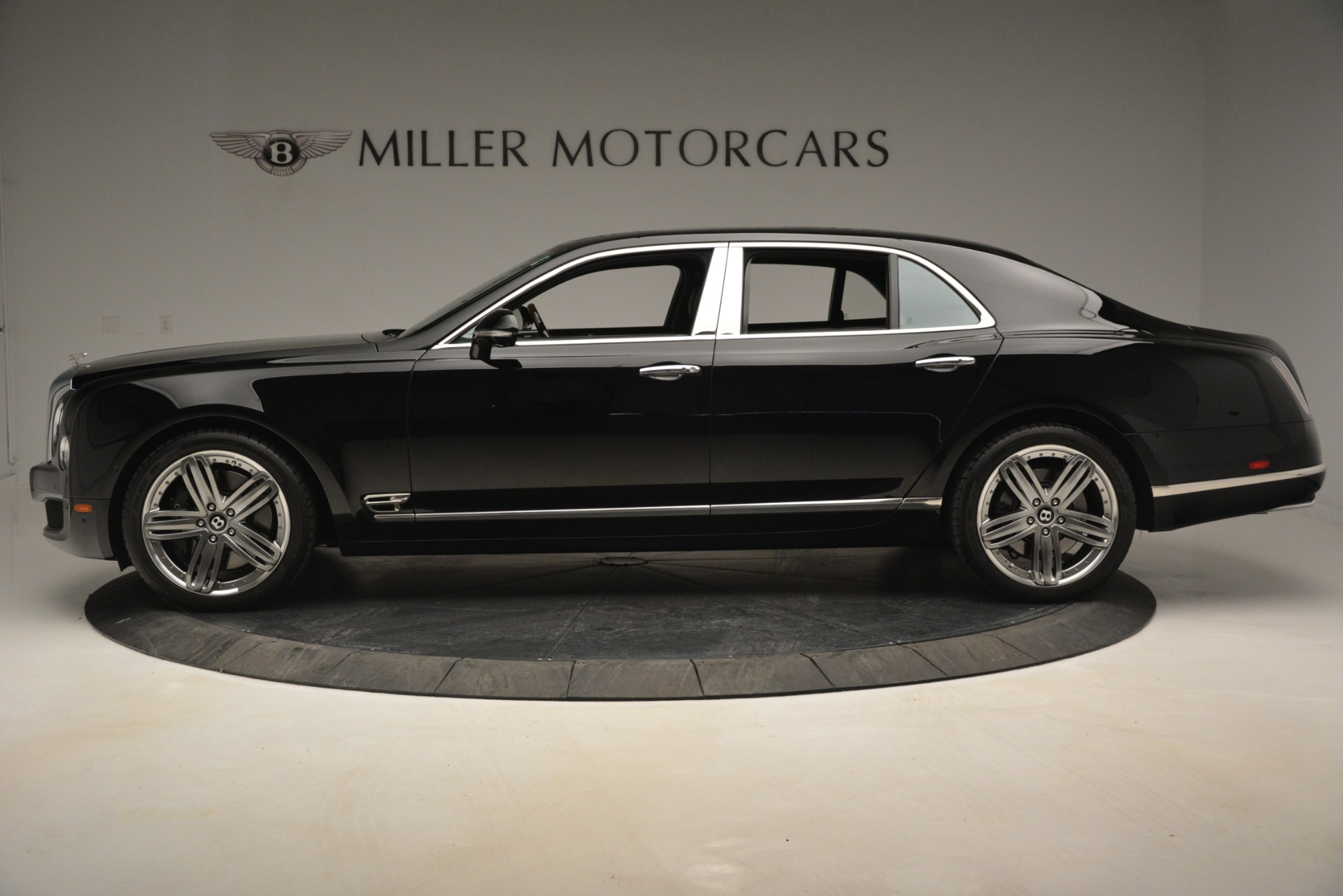 Used 2013 Bentley Mulsanne Le Mans Edition For Sale In Westport, CT 2995_p3