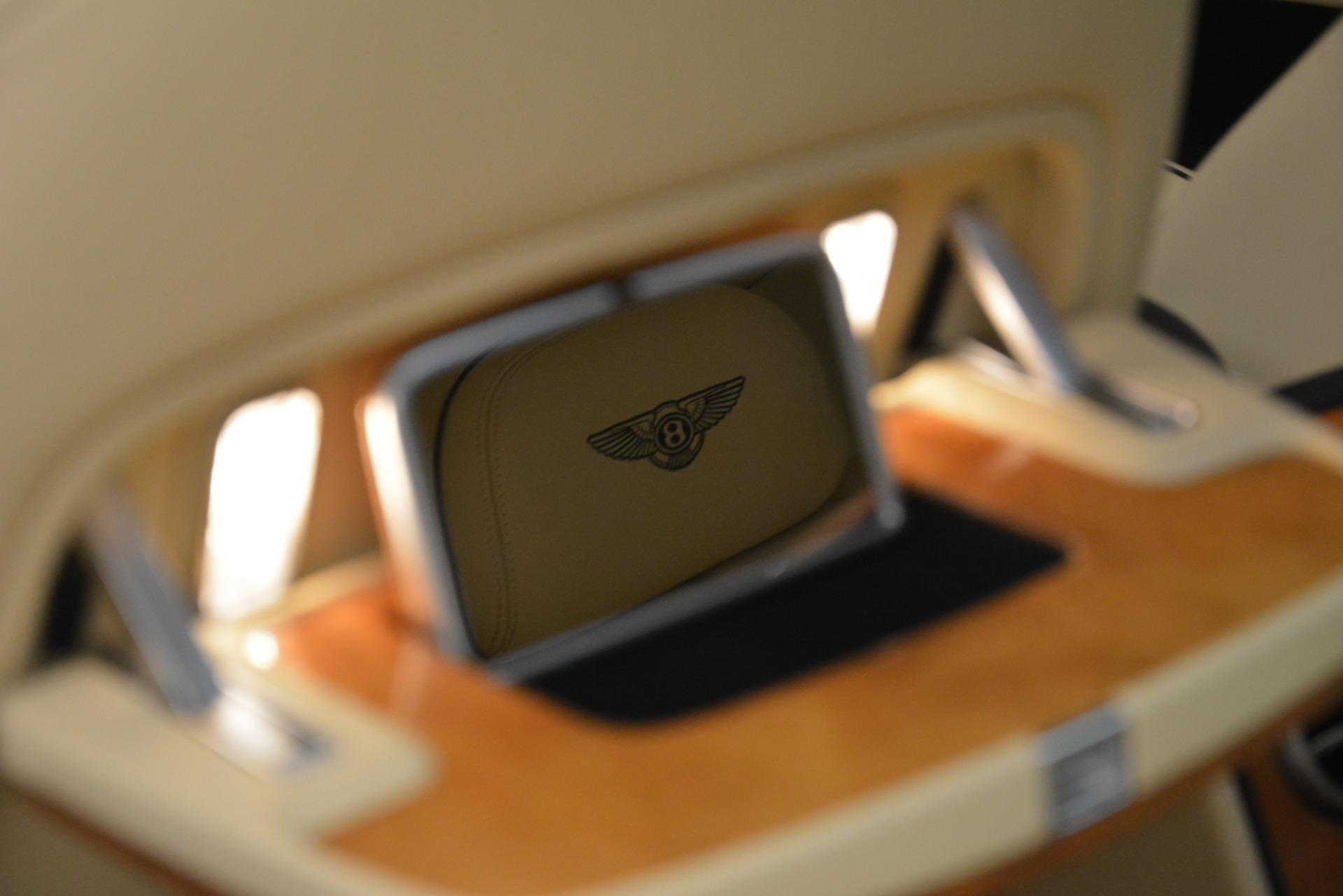 Used 2015 Bentley Flying Spur V8 For Sale In Westport, CT 2997_p27