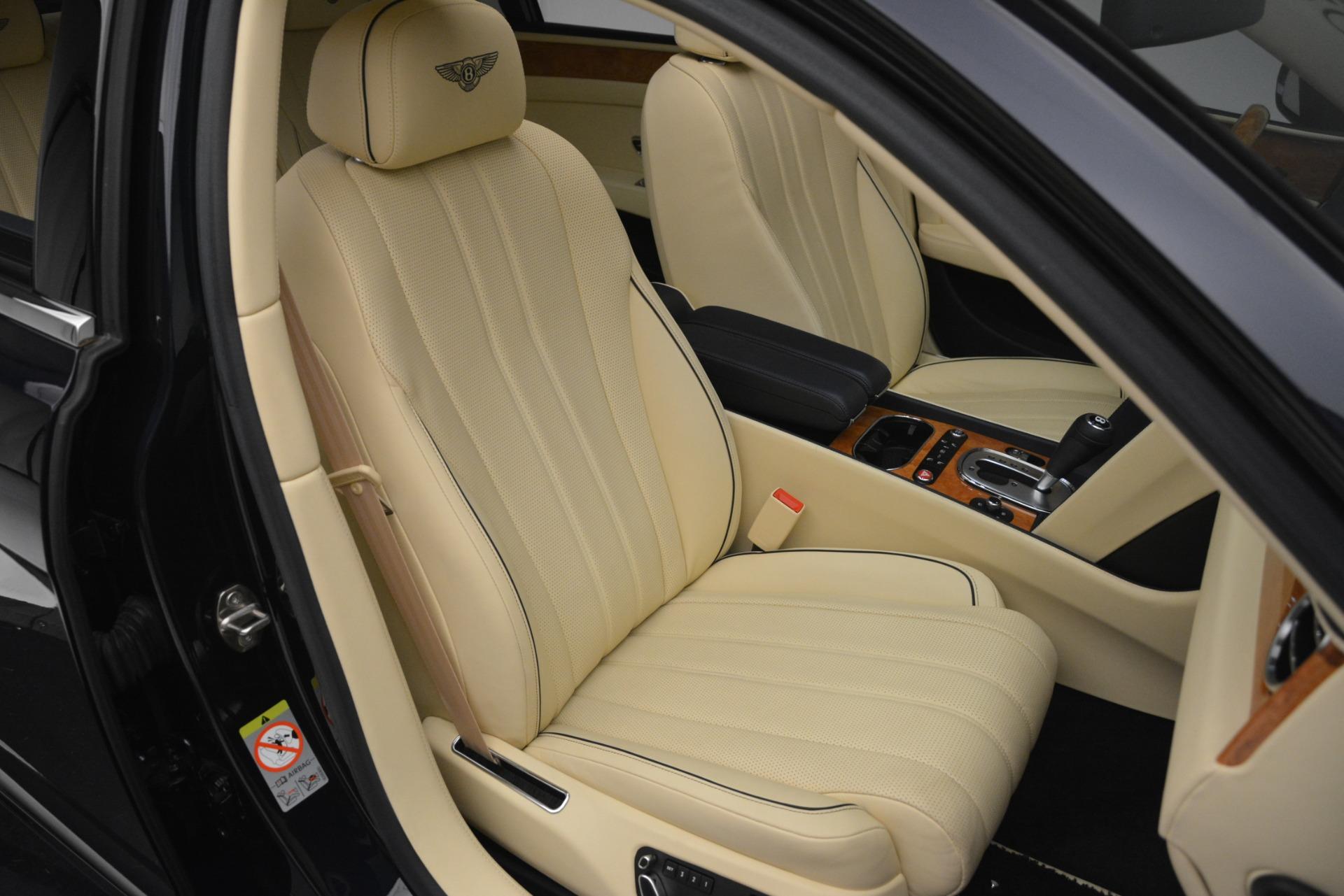 Used 2015 Bentley Flying Spur V8 For Sale In Westport, CT 2997_p31