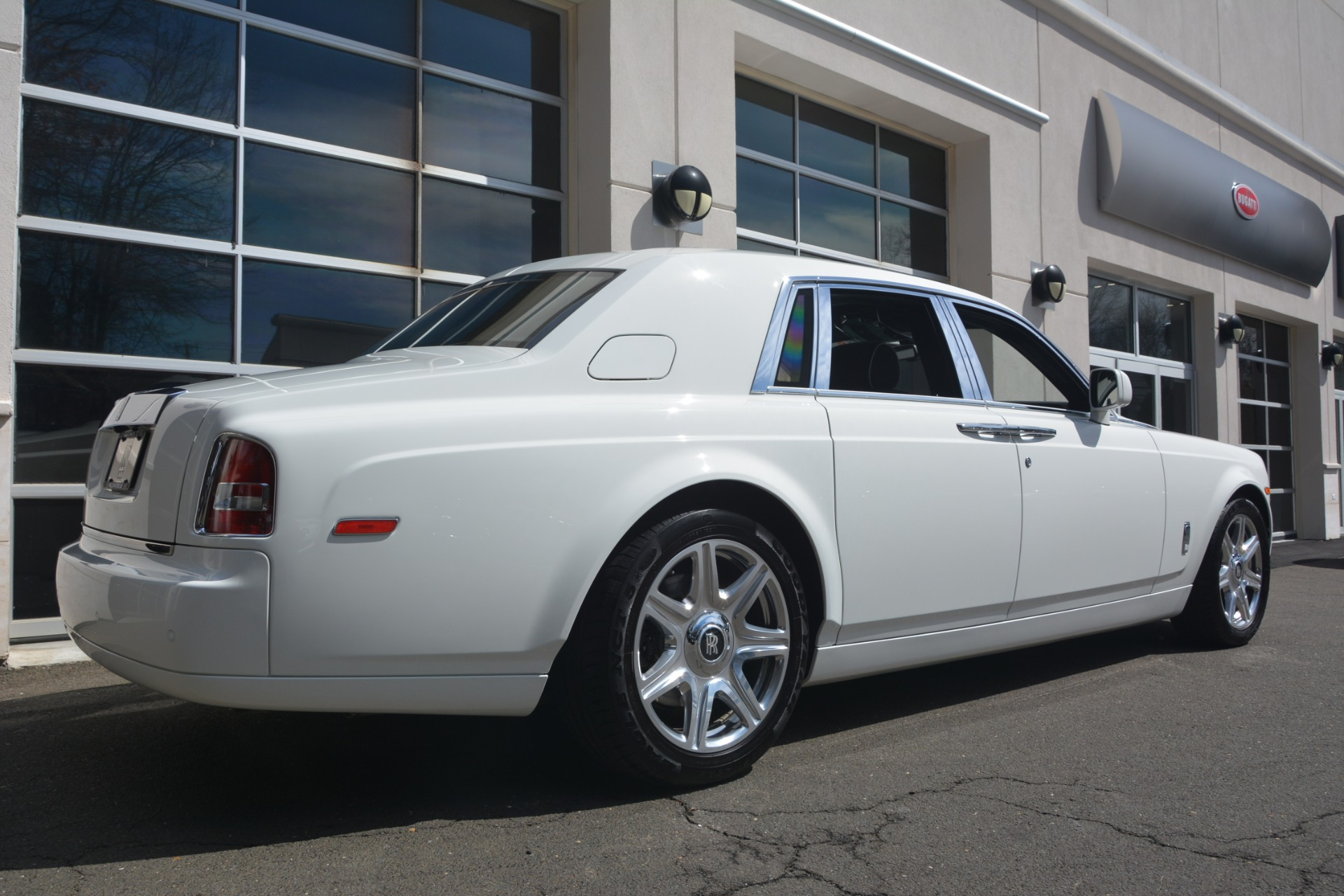 Used 2014 Rolls-Royce Phantom  For Sale In Westport, CT 2998_p11