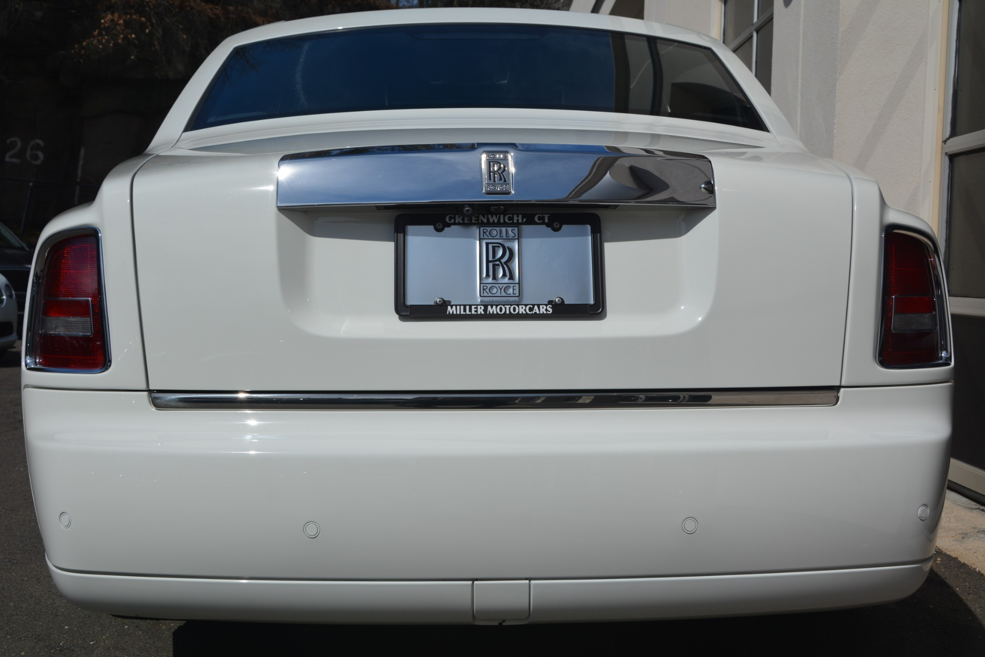 Used 2014 Rolls-Royce Phantom  For Sale In Westport, CT 2998_p8